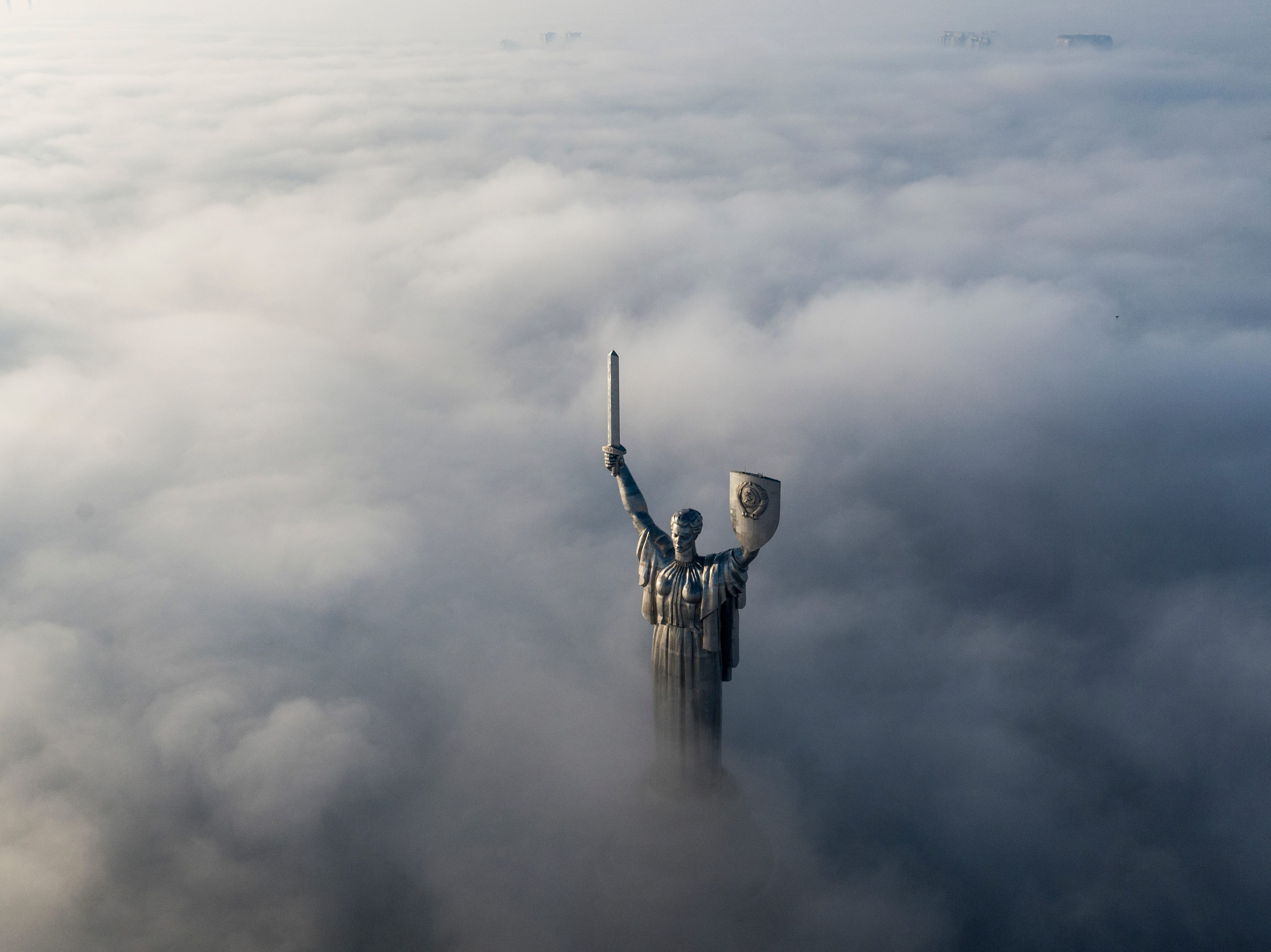 An aerial photo shows the WWII memorial in a foggy sunrise in Ukraine's capital Kiev, Saturday, Nov. 10, 2018.