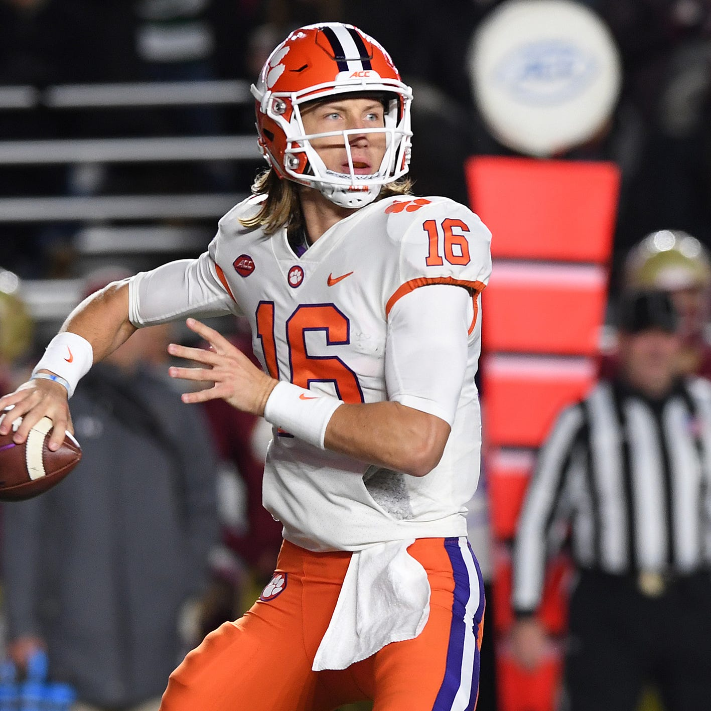Clemson firmly No. 2 in College Football Playoff standings