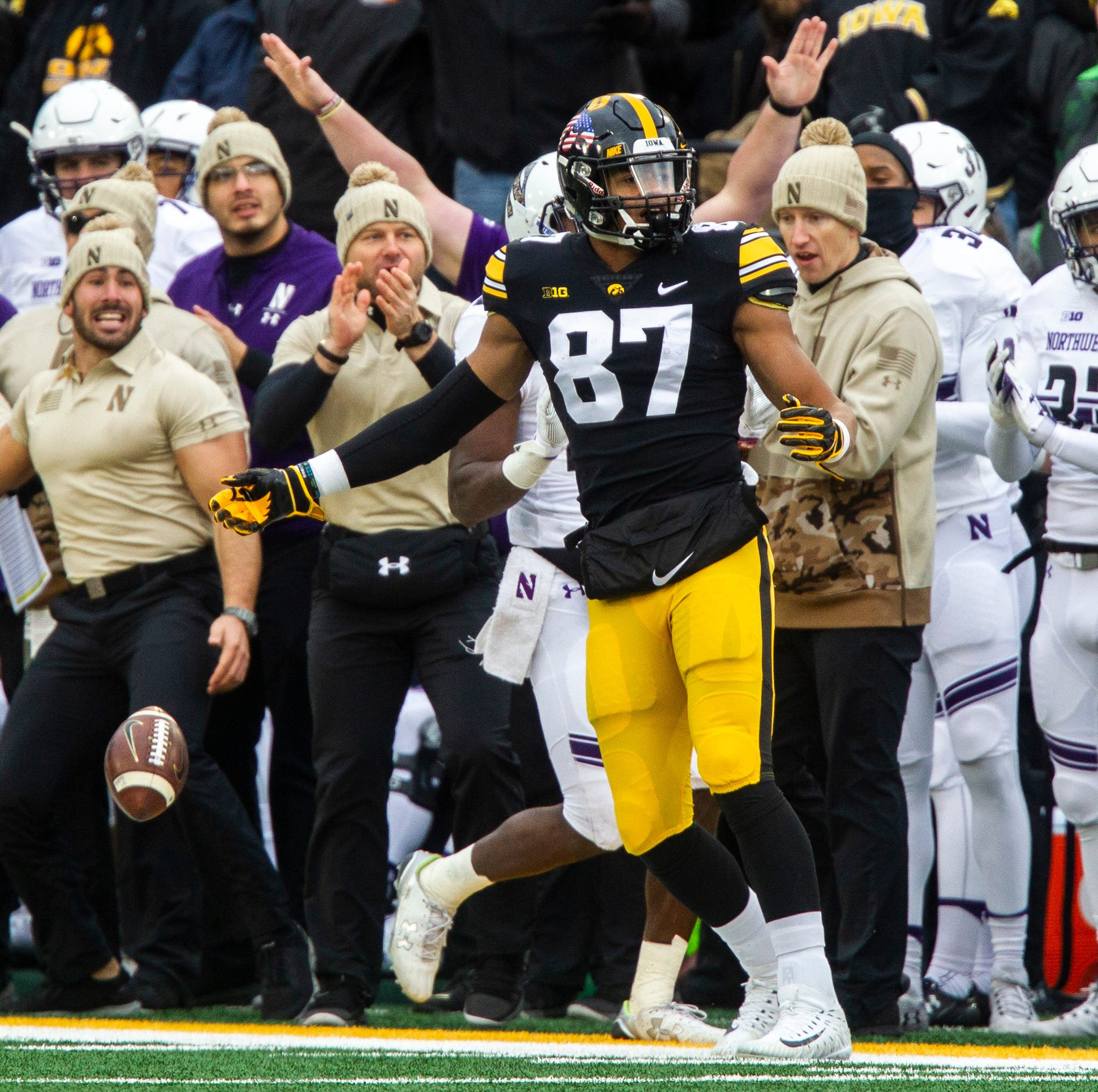 Leistikow: Noah Fant's perplexing usage emblematic of Iowa Hawkeyes' free fall