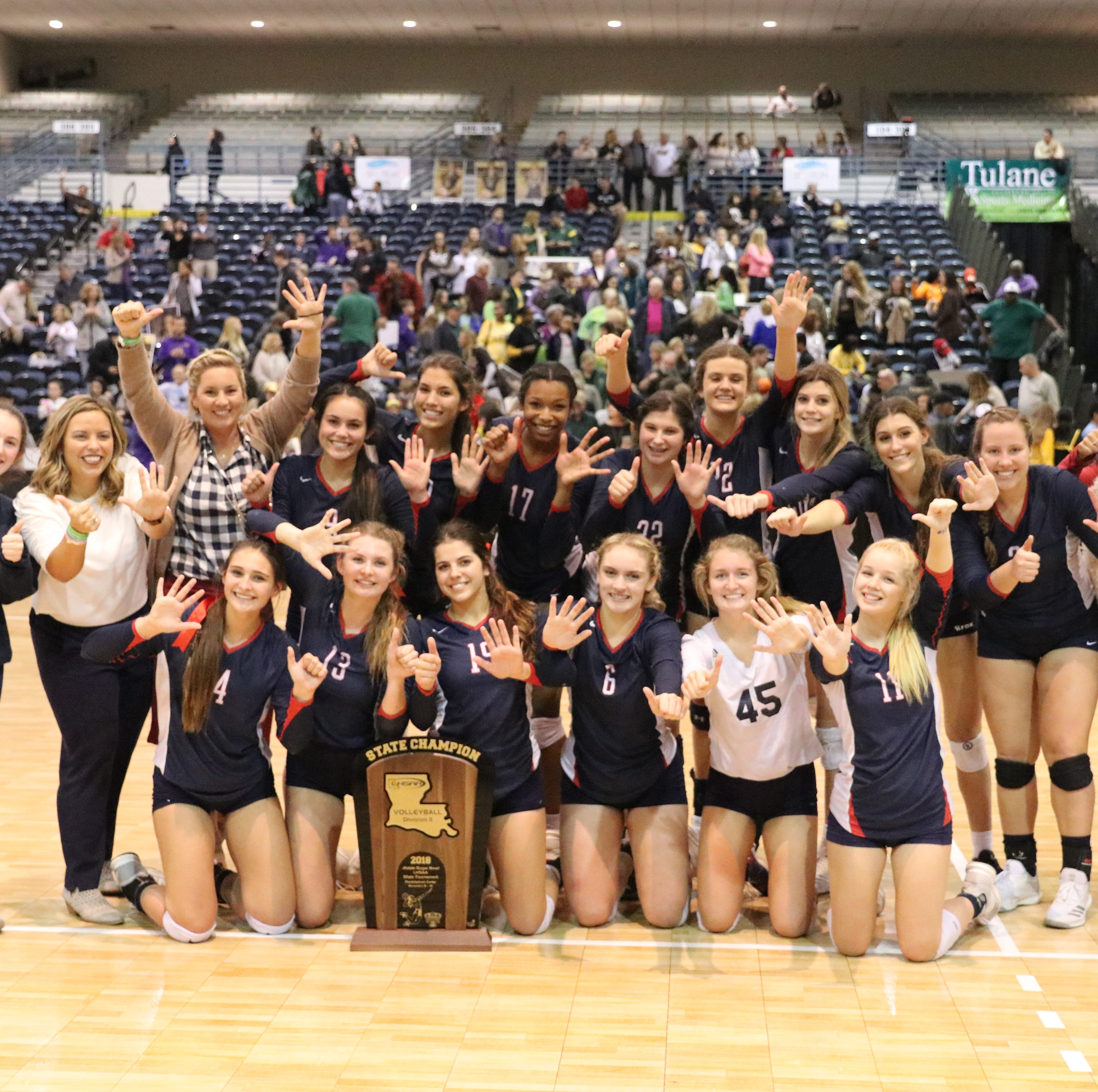 Teurlings volleyball captures sixth straight state title