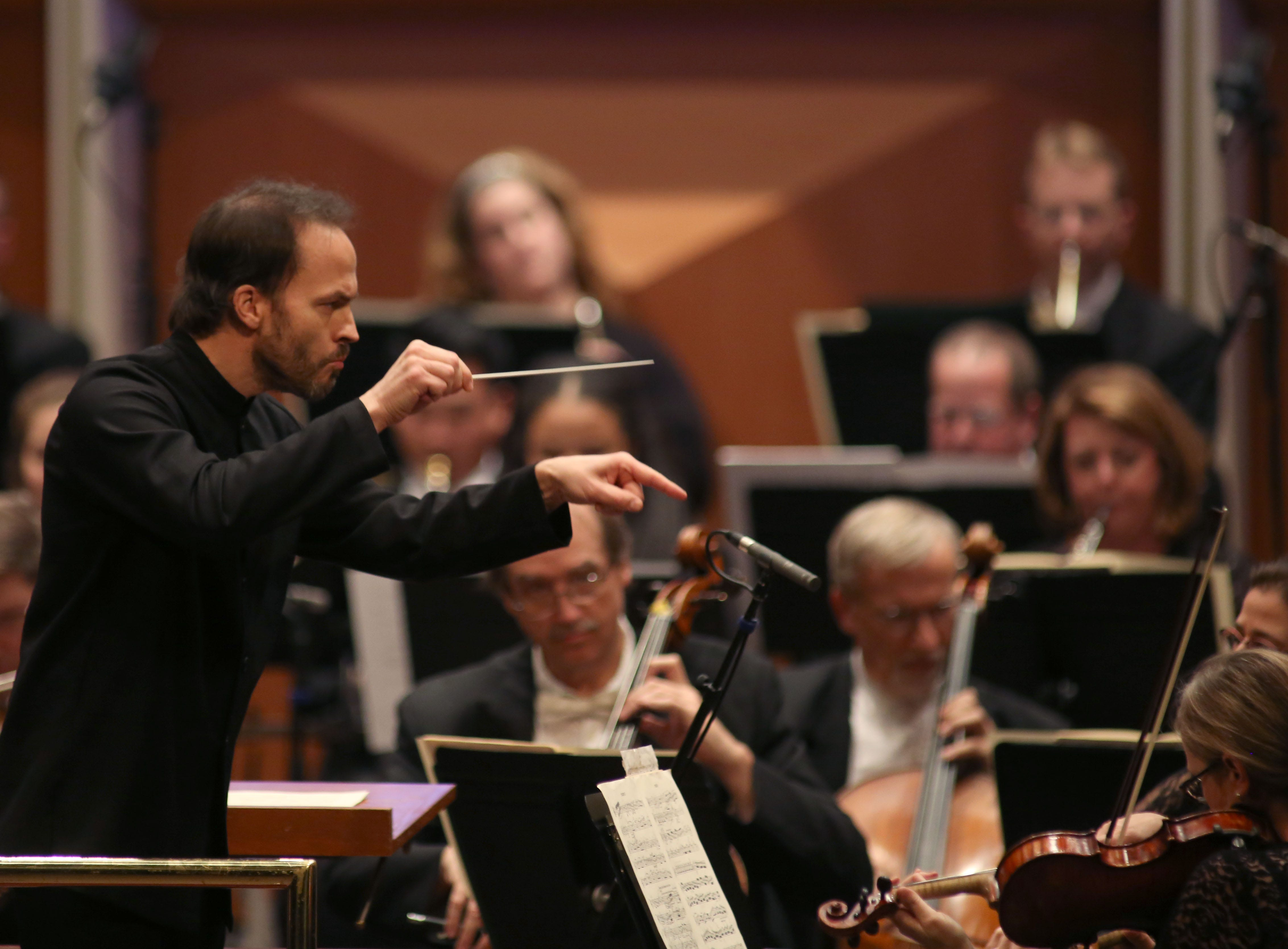 "Conductor Johannes Debus leads the Milwaukee Symphony during a performance of Wagner's Prelude to ""Die Meistersinger von Nurnberg"" Saturday night at the Marcus Center"