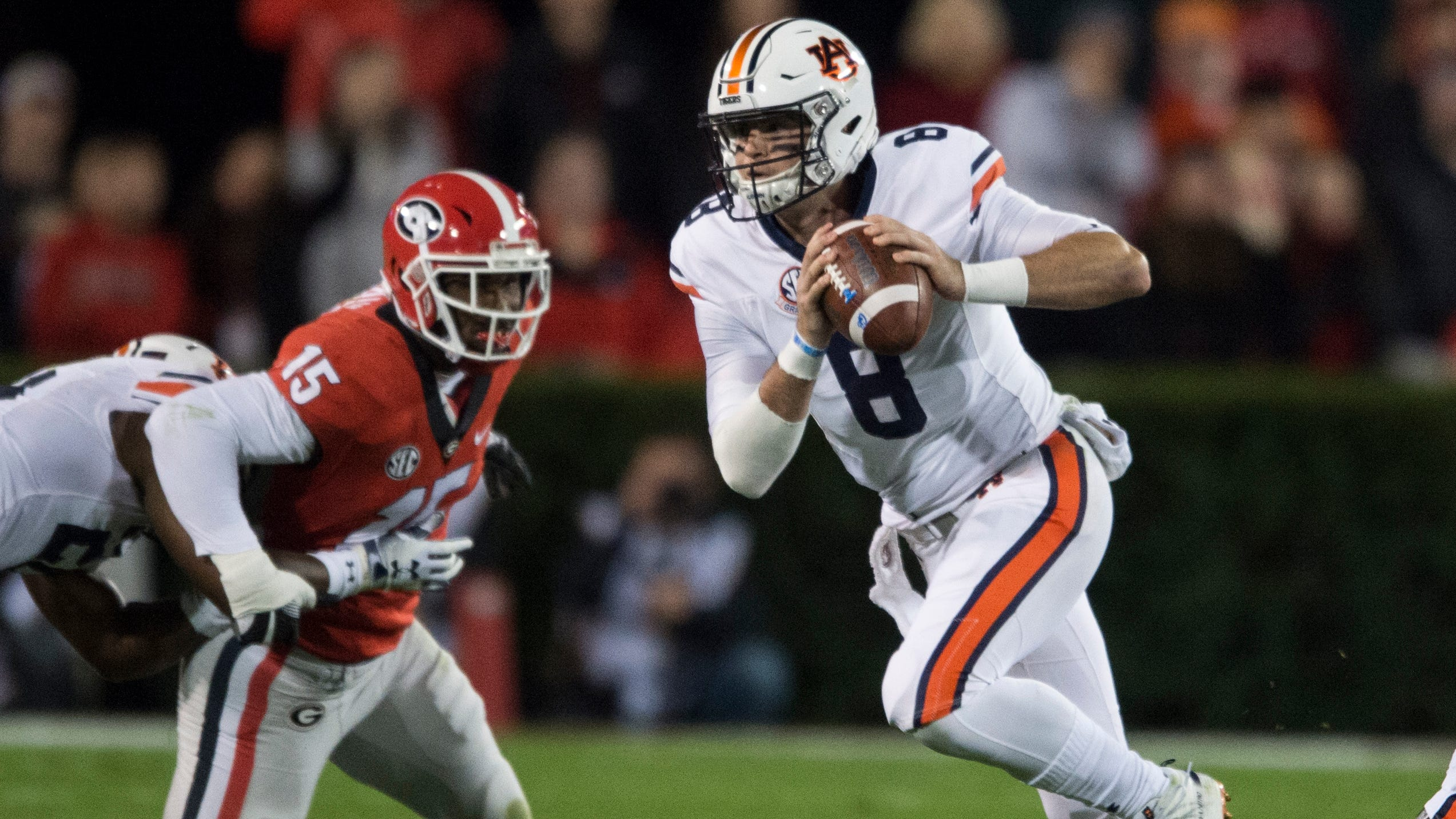 Failure of Stidham to connect with Whitlow altered game's momentum