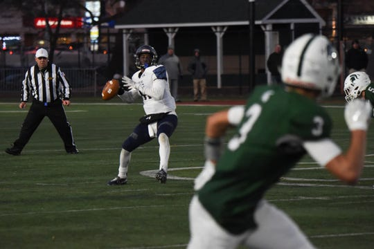 Mater Dei Prep looks to throw against DePaul.