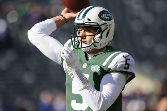 Davis Webb, of the Jets, is shown before the start of the game. Sunday, November 11, 2018