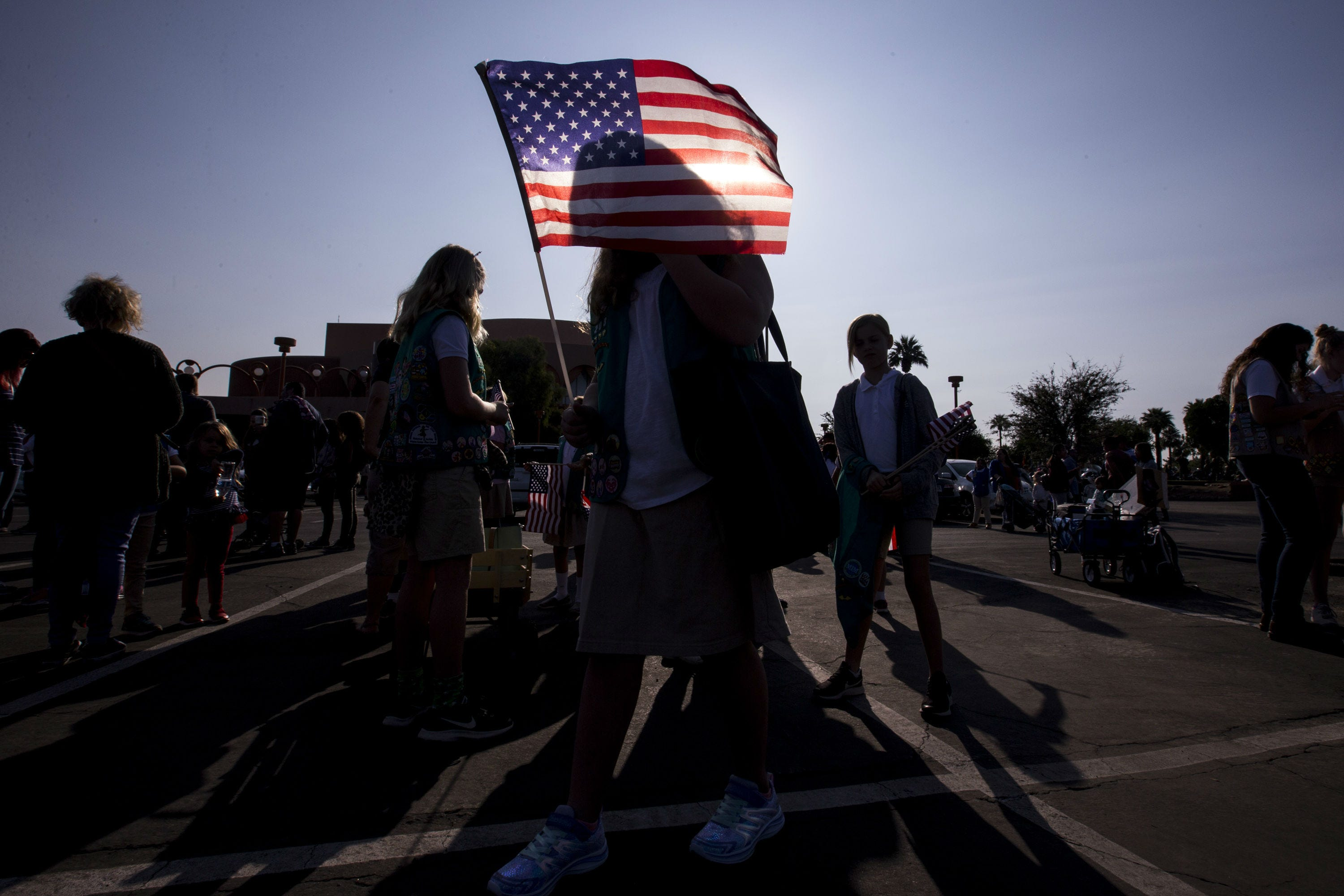 Phoenix residents honor veterans on 100th anniversary of the end of World War I | AZ Central