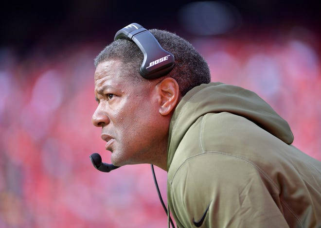 Cardinals coach Steve Wilks is already on the hot seat according to several pundits.