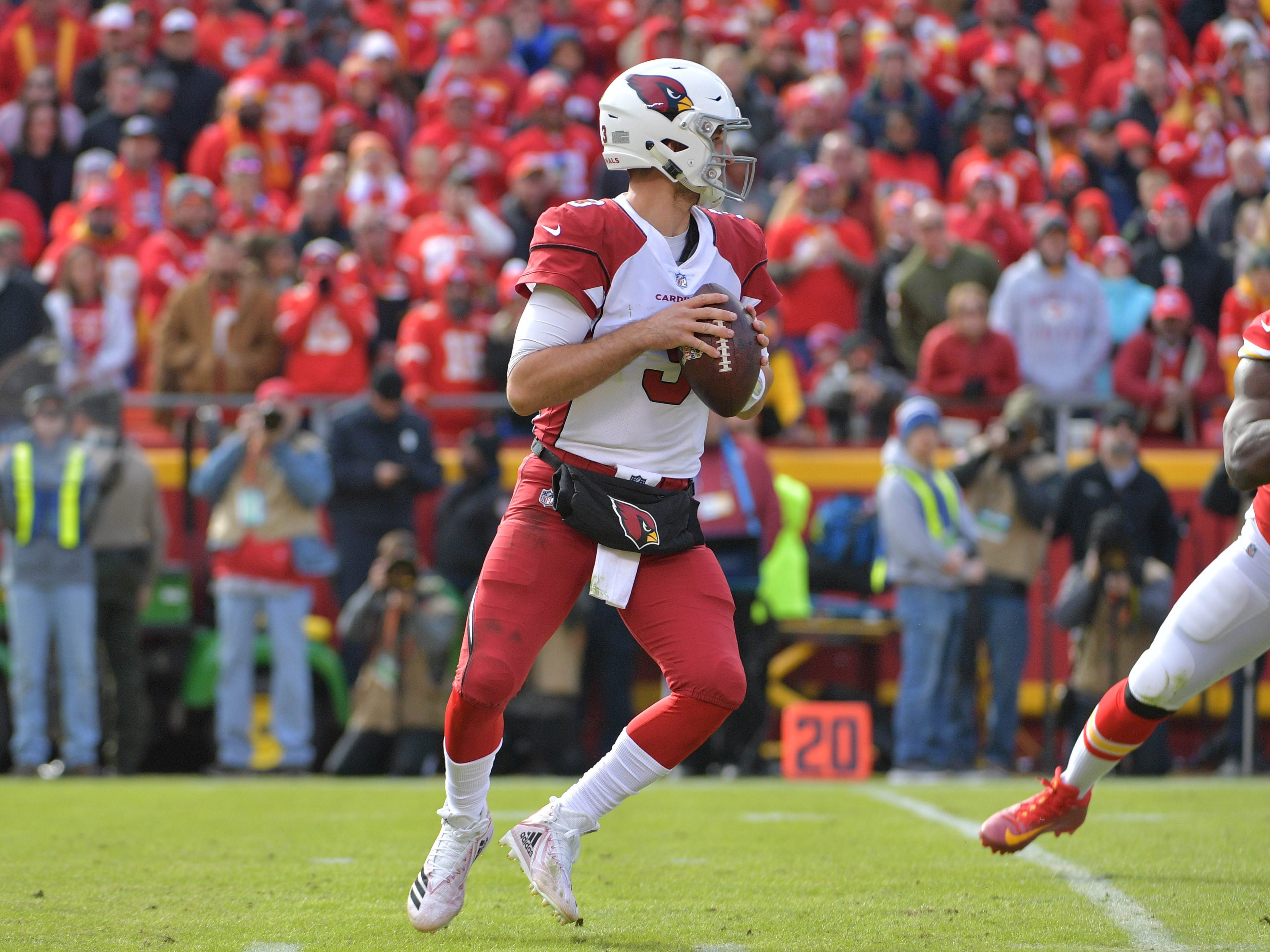 Nov 11, 2018; Kansas City, MO, USA; Arizona Cardinals quarterback Josh Rosen (3) drops back to pass during the first half against the Kansas City Chiefs at Arrowhead Stadium. Mandatory Credit: Denny Medley-USA TODAY Sports