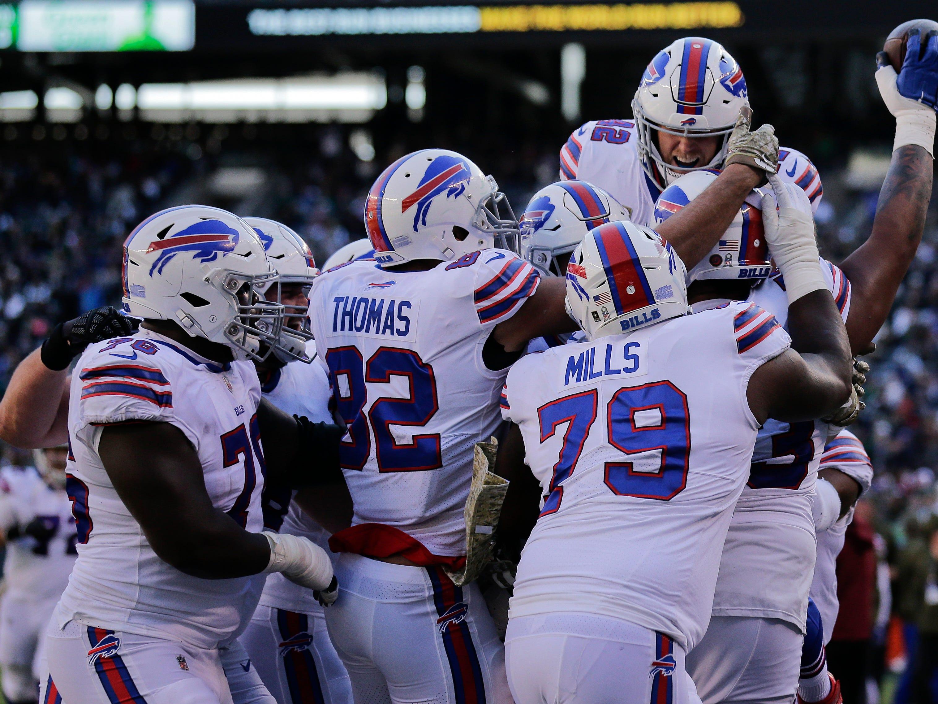 Buffalo Bills report card: Big man touchdowns and Barkley make Bills fun again