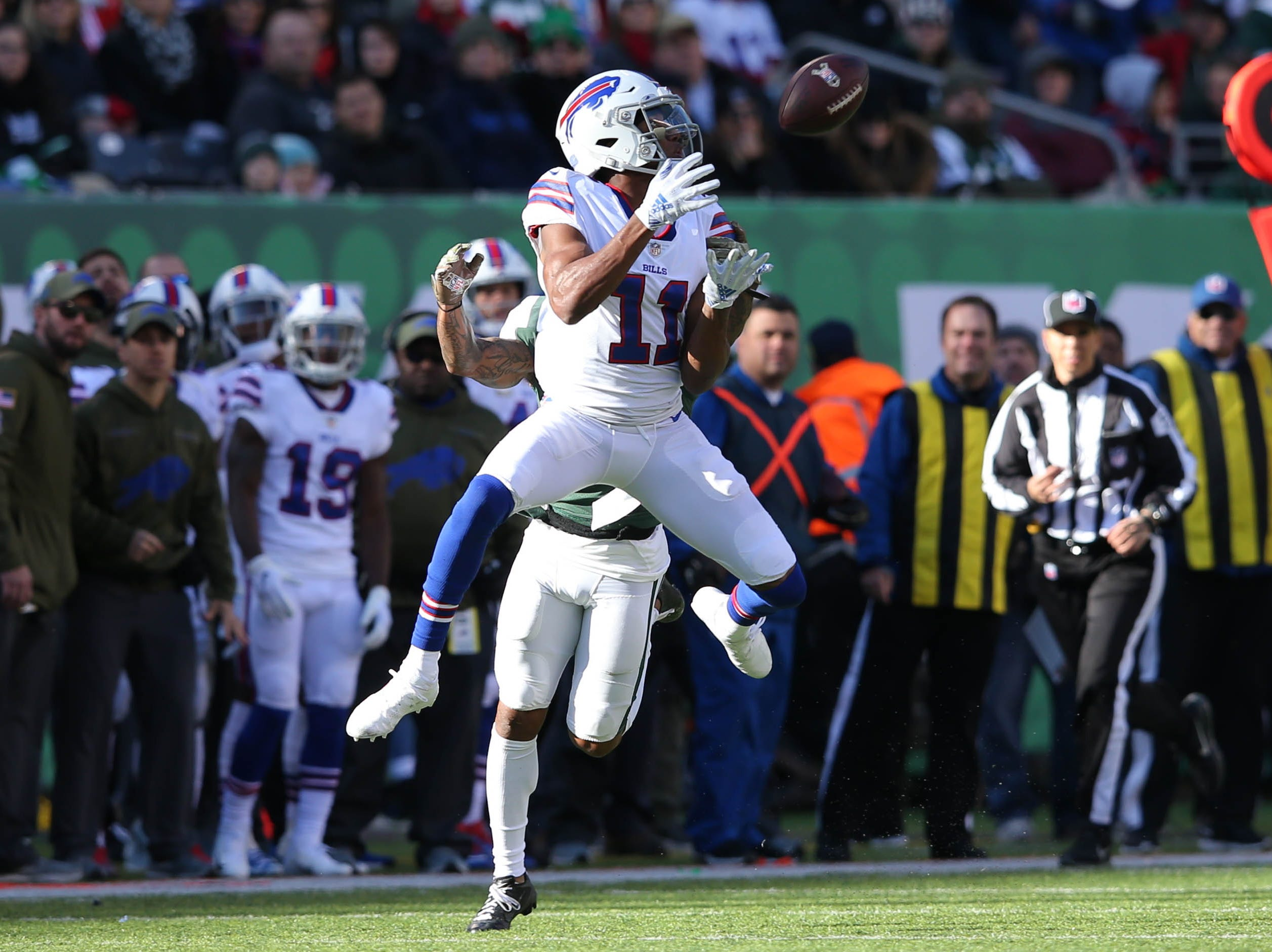 Nov 11, 2018; East Rutherford, NJ, USA; Buffalo Bills wide receiver Zay Jones (11) catches a pass against New York Jets cornerback Buster Skrine (41) during the first quarter at MetLife Stadium. Mandatory Credit: Brad Penner-USA TODAY Sports