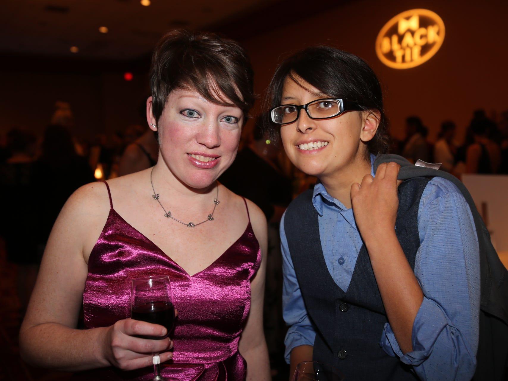 Rachelle Bellante and Melissa Videion