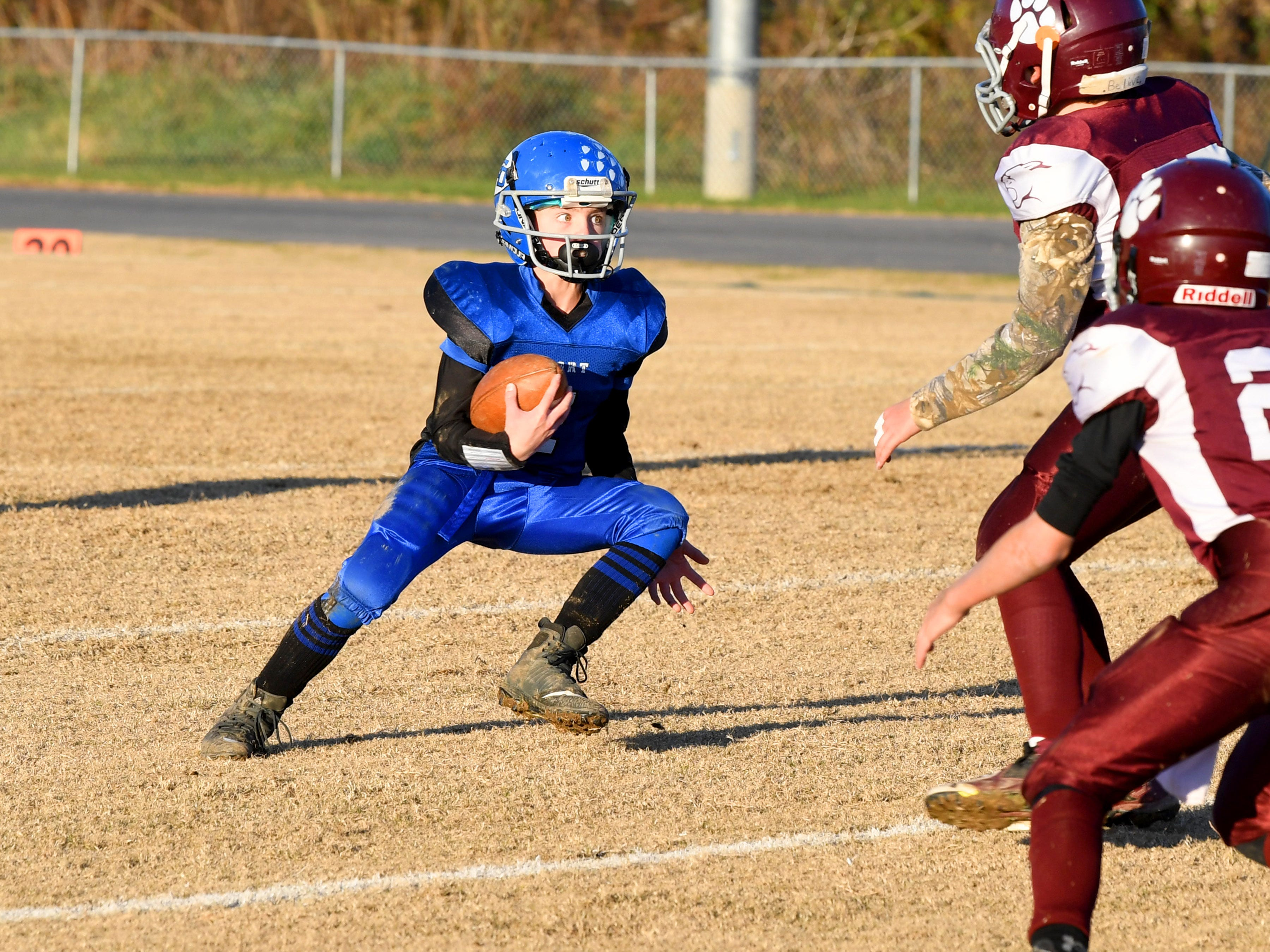 Fort Defiance's Bradley Hebb has the ball during the Augusta County Quarterback Club Juniors Super Bowl in Fishersville on Sunday, Nov. 11, 2018. Fort Defiance beats Stuarts Draft, 13-12.