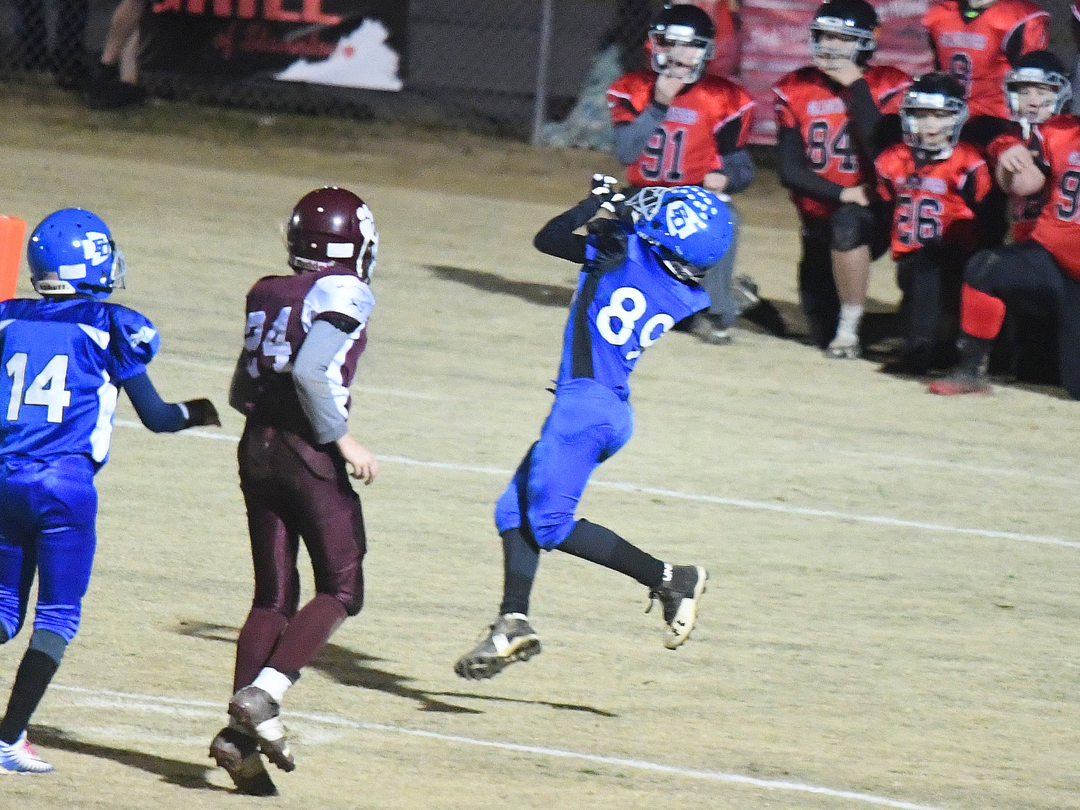 Fort Defiance's Elijah Pultz catches the ball in the end zone for the extra point during the Augusta County Quarterback Club Juniors Super Bowl in Fishersville on Sunday, Nov. 11, 2018.  Fort Defiance beats Stuarts Draft, 13-12.