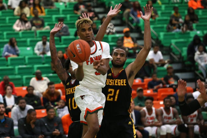FAMU guard M.J. Randolph (3) passes to a teammate against Tuskegee in November. He now plays as a starter with the Rattlers.