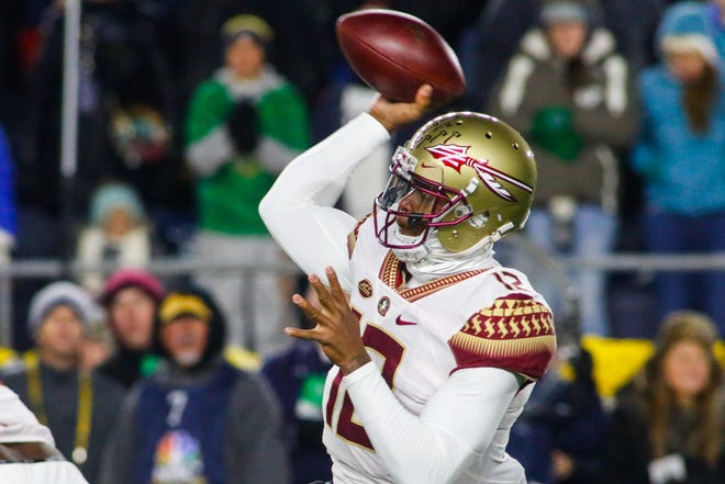 Redshirt junior quarterback Deondre Francois attempts a pass during the first quarter against Notre Dame in South Bend on Saturday.