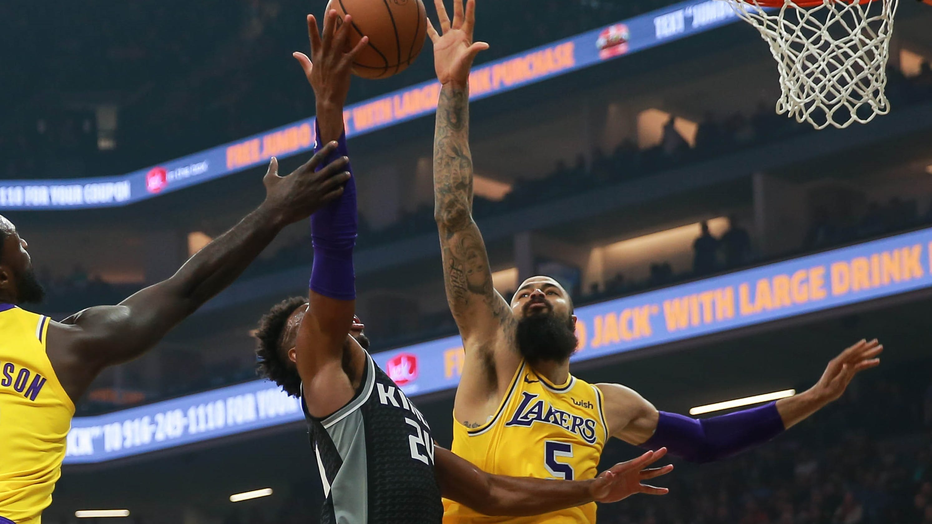 51ebbcccd Tyson Chandler already one of Lakers  most impactful players after two games