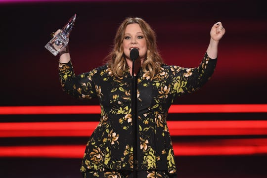 LOS ANGELES, CA - JANUARY 18:  Actress Melissa McCarthy accepts Favorite Comedic Movie Actress onstage during the People's Choice Awards 2017 at Microsoft Theater on January 18, 2017 in Los Angeles, California.  (Photo by Kevin Winter/Getty Images) ORG XMIT: 692971943 ORIG FILE ID: 632027864
