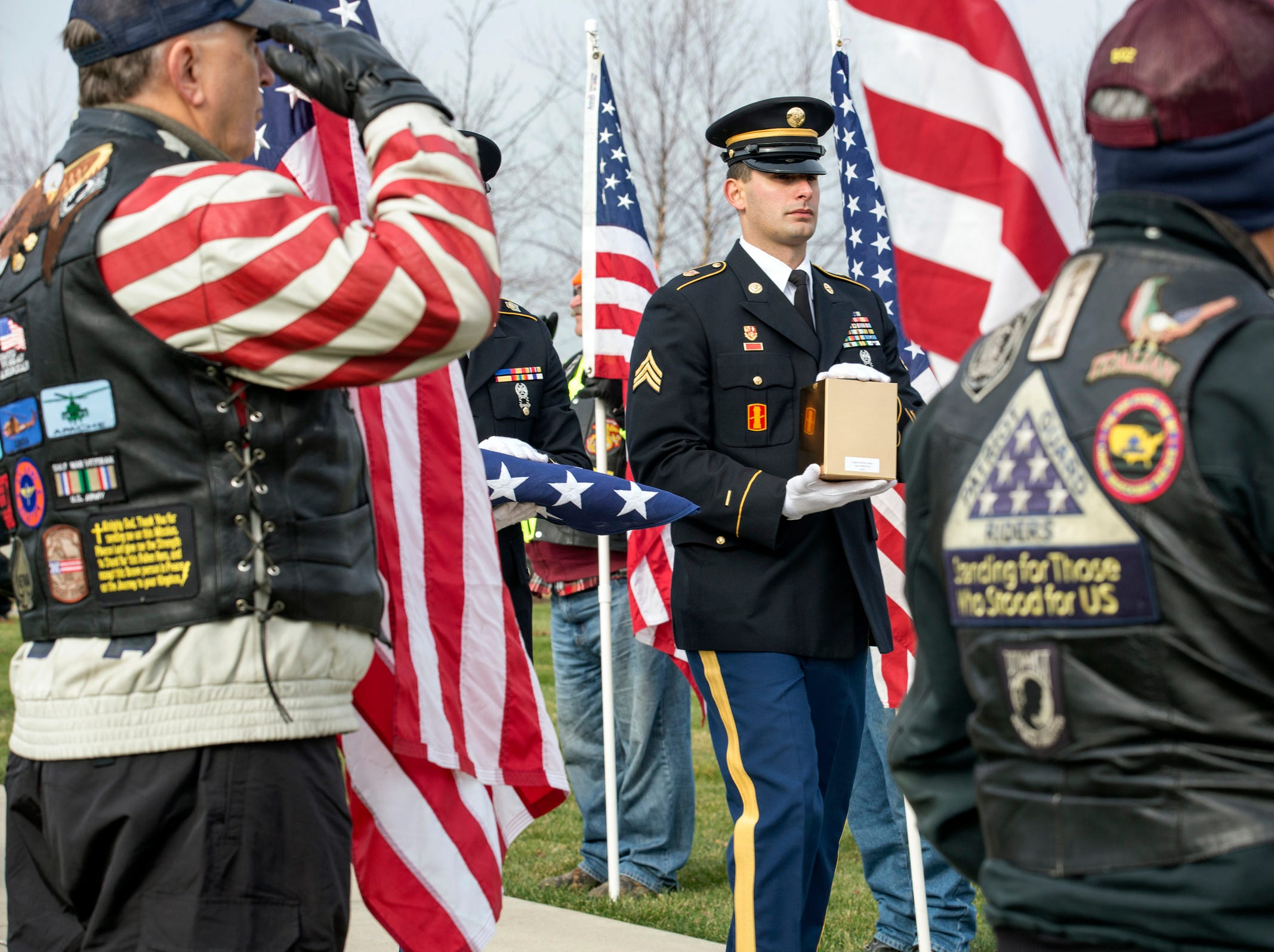 Remains of veterans found at funeral home honored during service