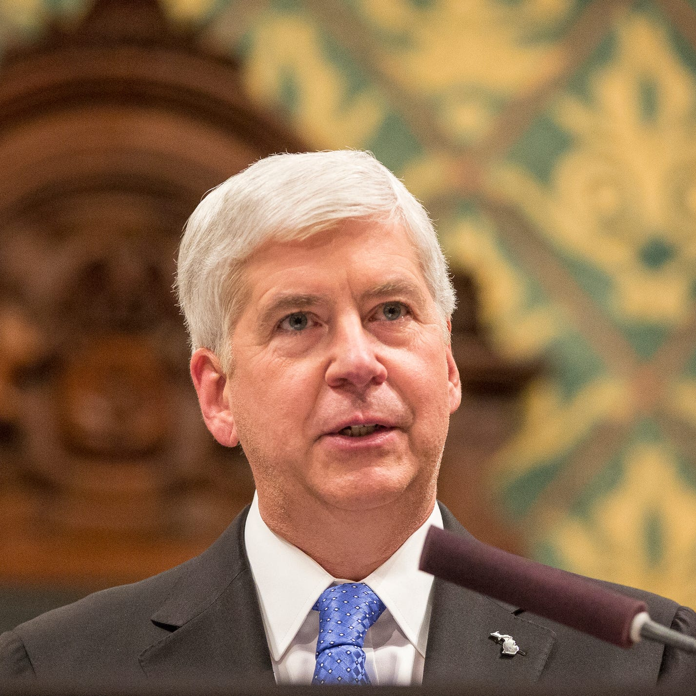 Flint residents can sue former Gov. Snyder over water disaster, judge rules