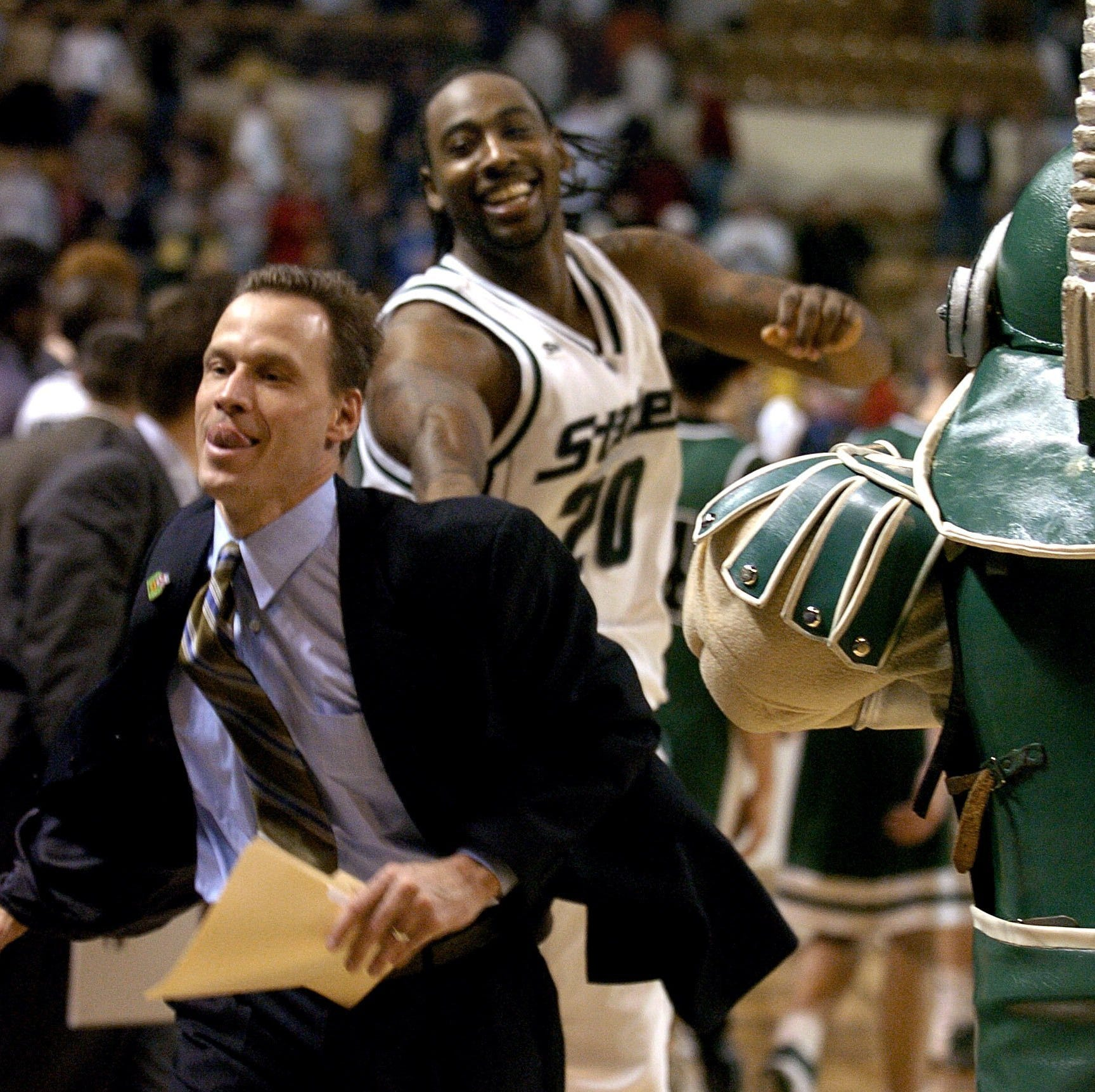 Michigan State basketball brings back Doug Wojcik; to help recruiting?