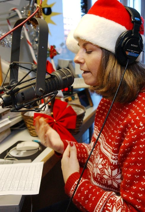Christmas Radio Stations All Year Round.Here Are 3 Colorado Radio Stations For Your Christmas Music Fix