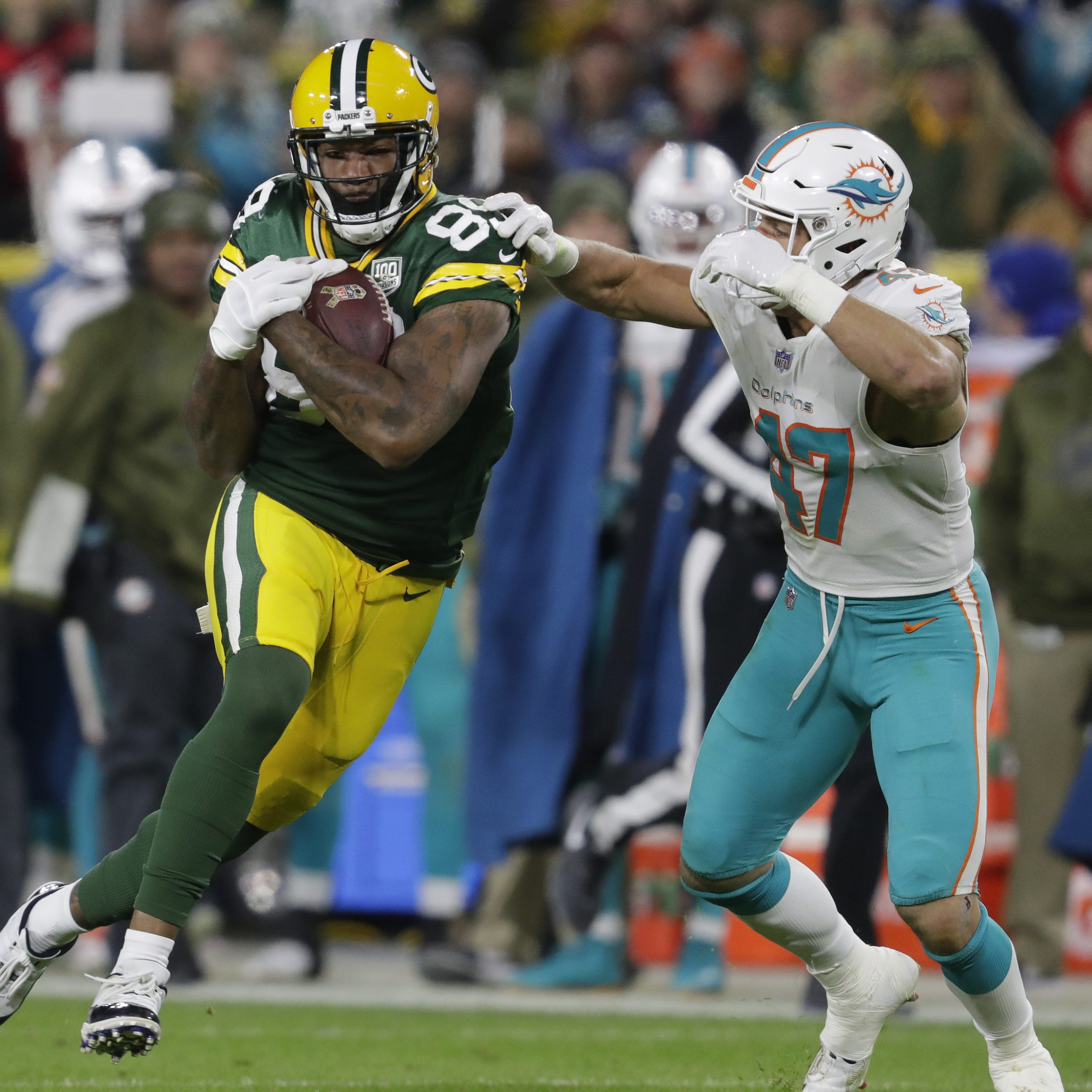 4 Downs: Packers get multiple benefits from using two tight ends