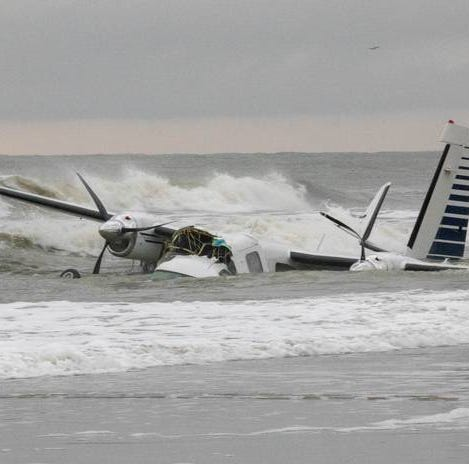 Plane crashes into the ocean near Springmaid Pier in Myrtle Beach