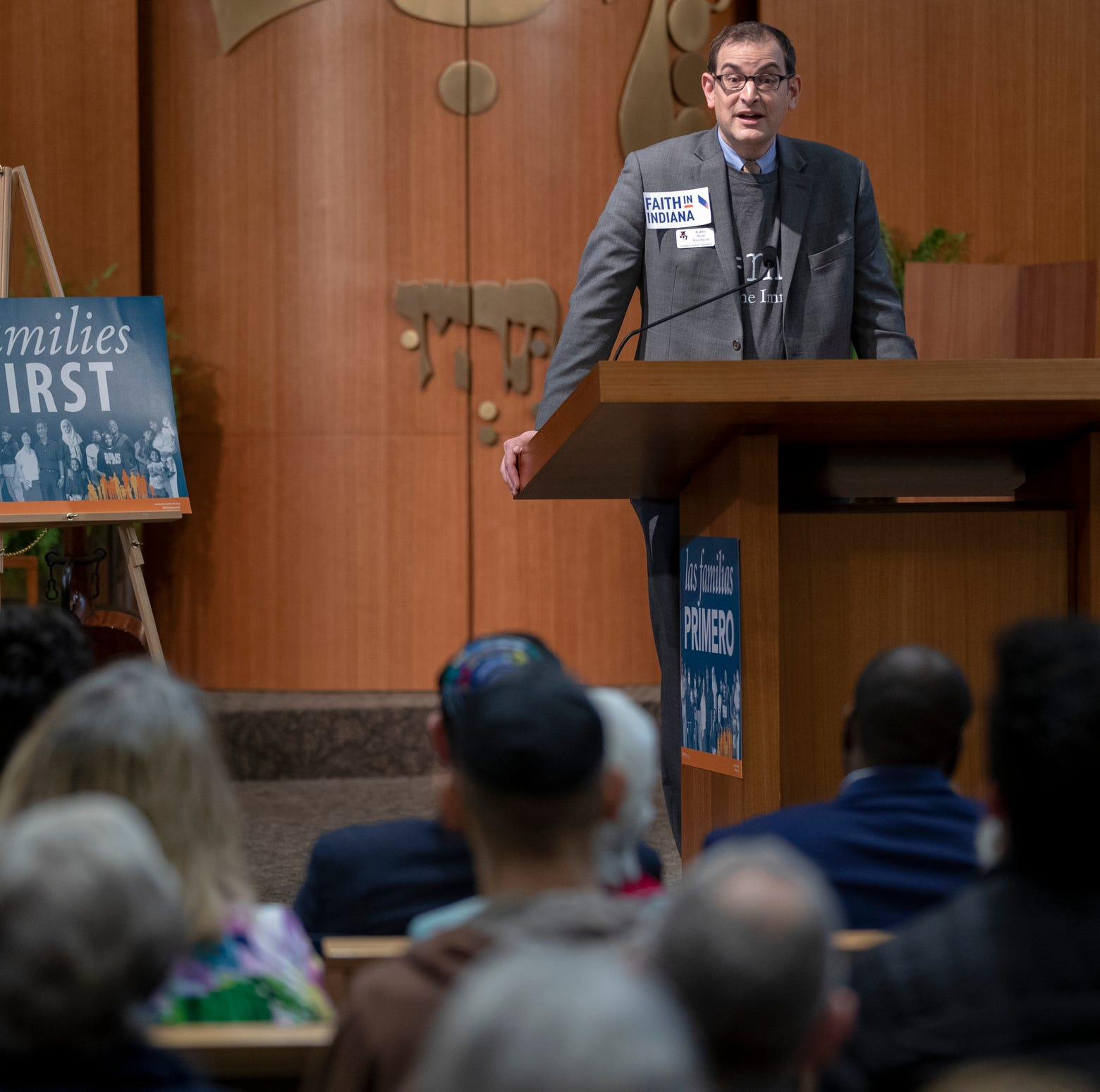 Rabbi Brett Krichiver, speaks at Indianapolis Hebrew Congregation, Indianapolis, Monday, Nov. 12, 2018. The assembly is announcing that about a dozen people will be driving into the El Paso area to offer support for immigrants who are in detention facilities at the border.