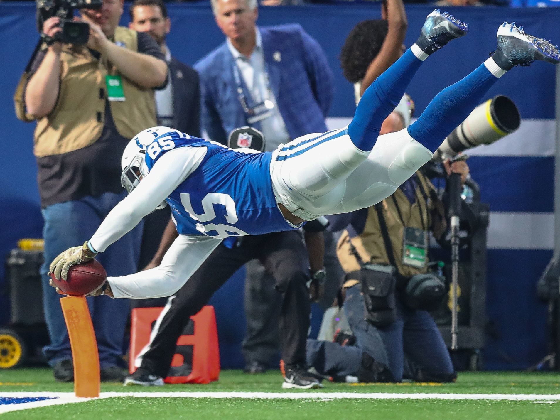 Nov. 11, 2018: Ebron dives for the end zone against the Jacksonville Jaguars.