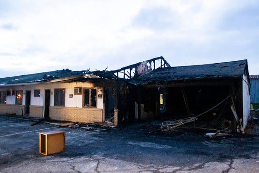 181112 Motel Fire 002 Jpg