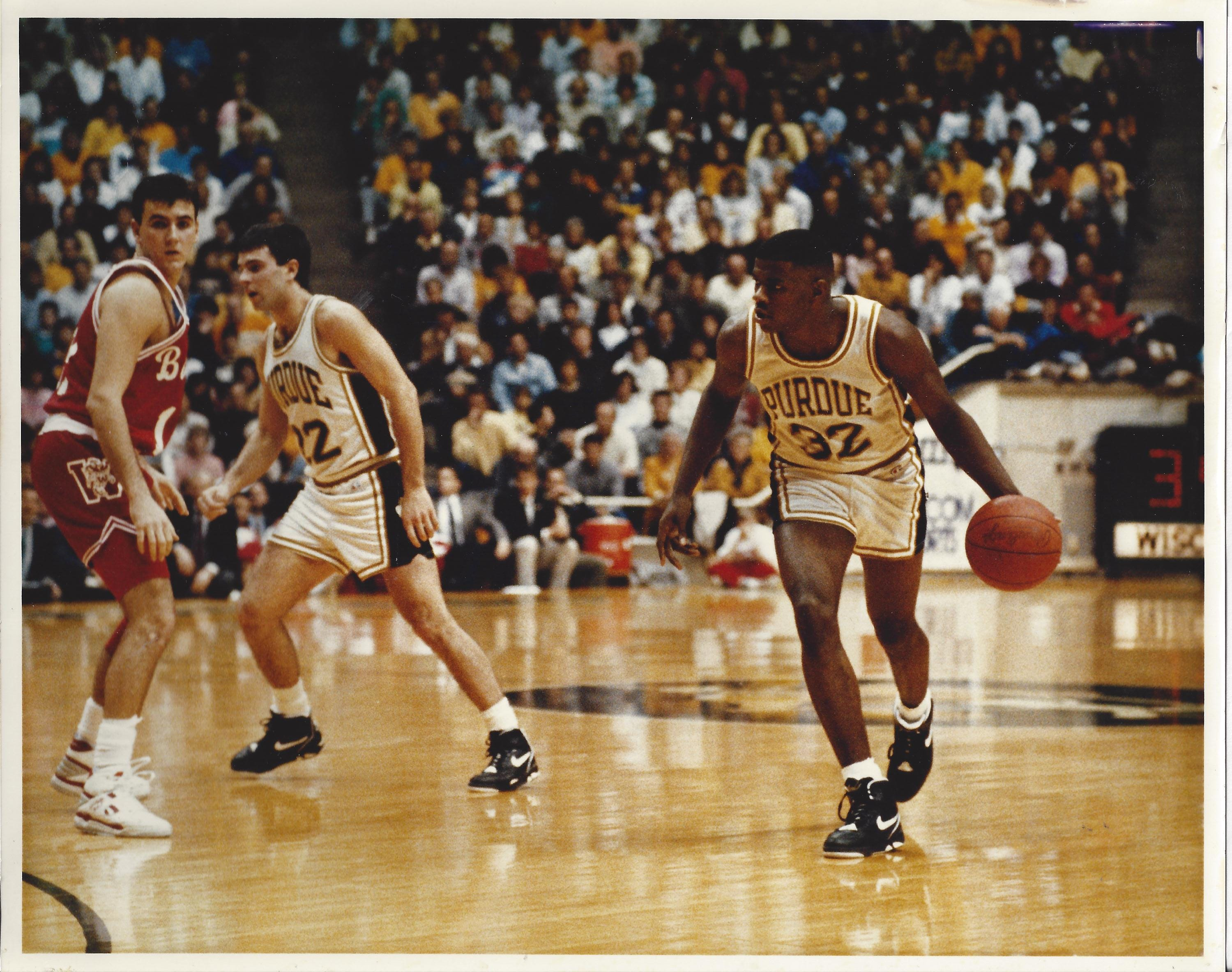 Jimmy Oliver (32) led Purdue in scoring with a 19.2 average in 1991.
