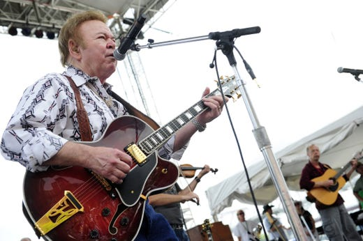 Roy Clark performs during the 2011 CMA Music Festival in downtown Nashville on June 12, 2011.