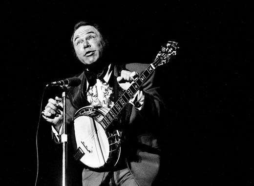 "Roy Clark performs during the ""Lewis and Clark Entertainment Expedition"" benefit show at the Municipal Auditorium on June 24, 1975."