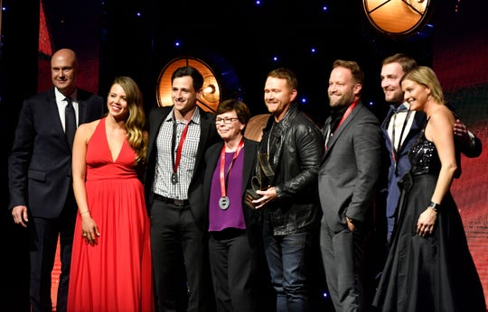 SMACKWORKS MUSIC was named Publisher of the Year at the SESAC Nashville Music Awards at the Country Music Hall of Fame and Museum on Sunday.