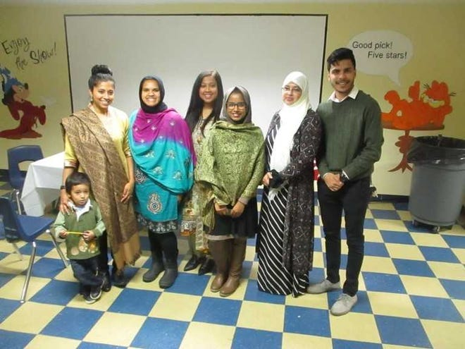 Participants of the 2nd Annual Pitha Dessert Contest & Party for Bangladeshi Women held in Paterson.