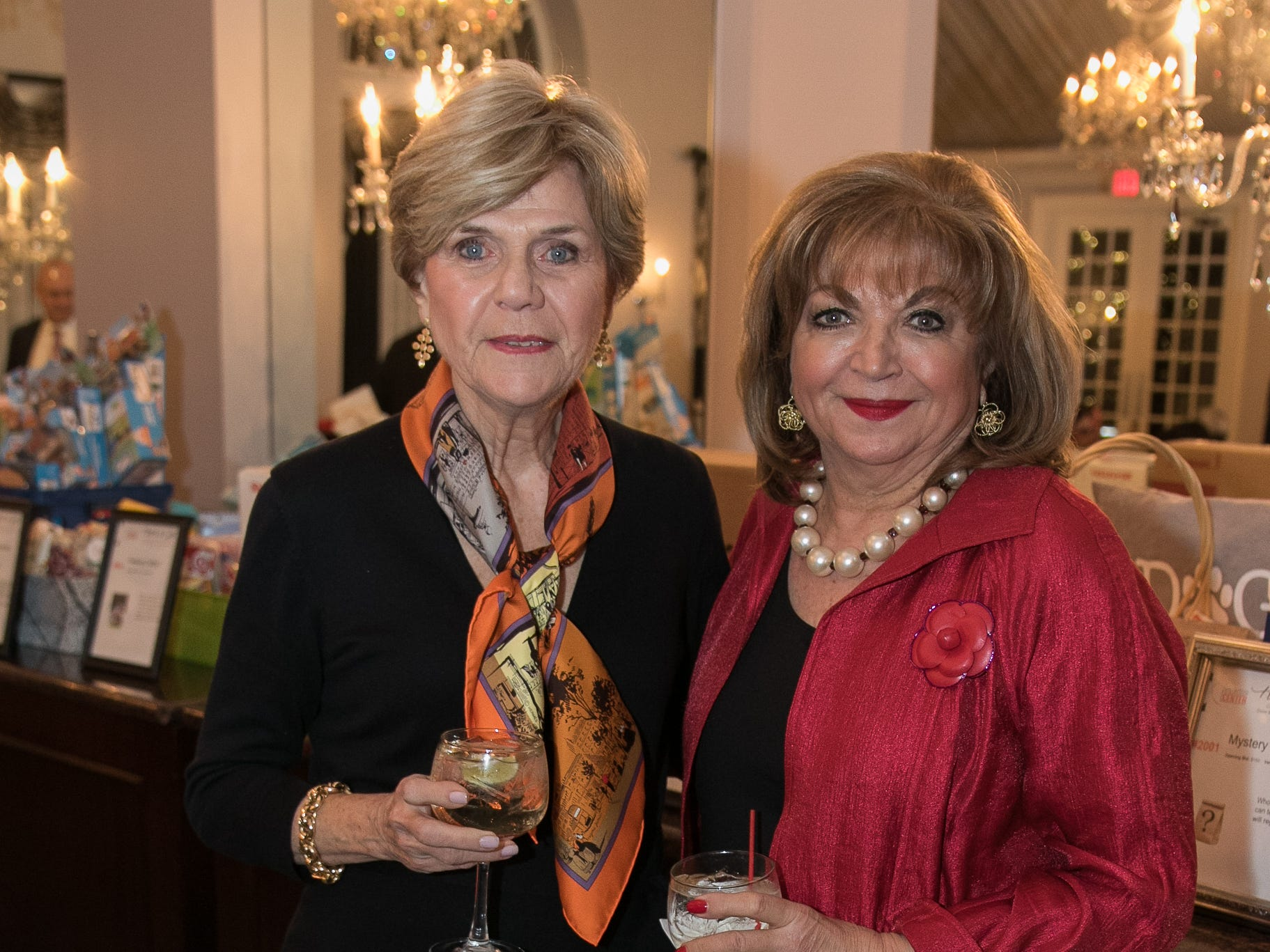 June Campos, Laura Stetson. The Bergen Volunteer Center celebrated its 10th anniversary of the Bergen LEADS program at The Hearts of Gold Dinner and Auction at the Stony Hill Inn in Hackensack. 11/08/2018
