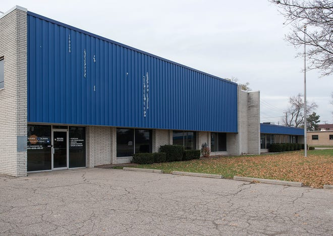 The building is the site of the former Pritchard Wilson Heating, Cooling, Plumbing.