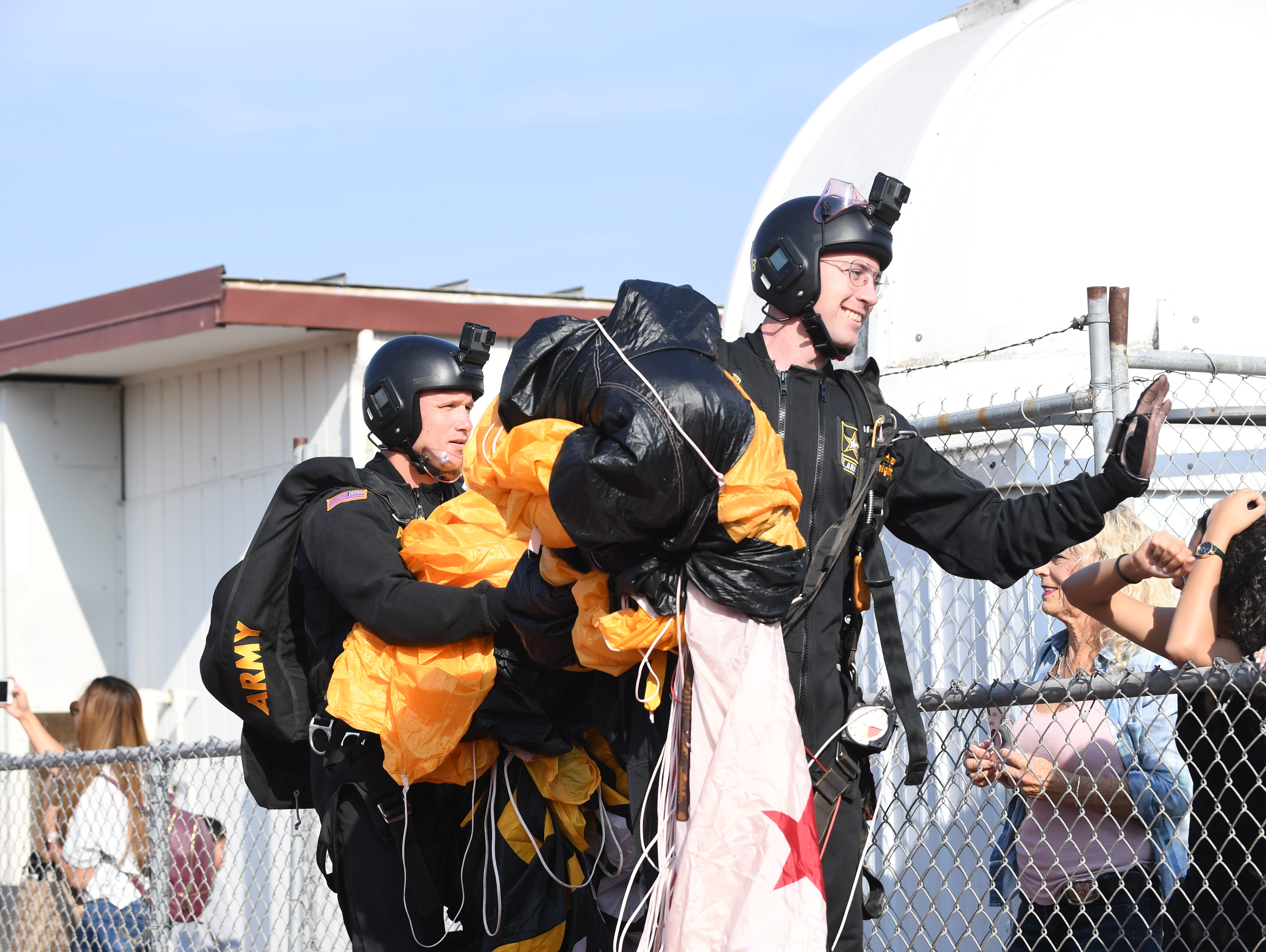 During Sunday's Monterey County Veterans Day Parade, the U.S. Army's Golden Knights paratroopers dropped down to Salinas High School to take part in the event.