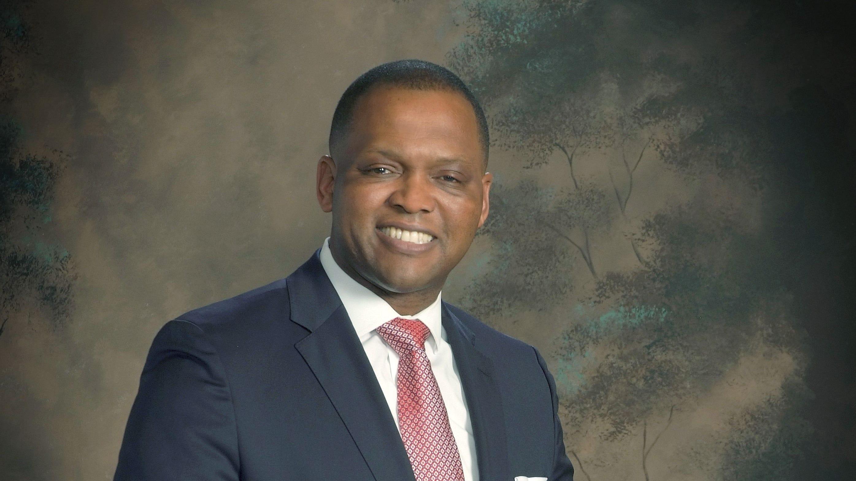 Dr. T. Lamar Goree