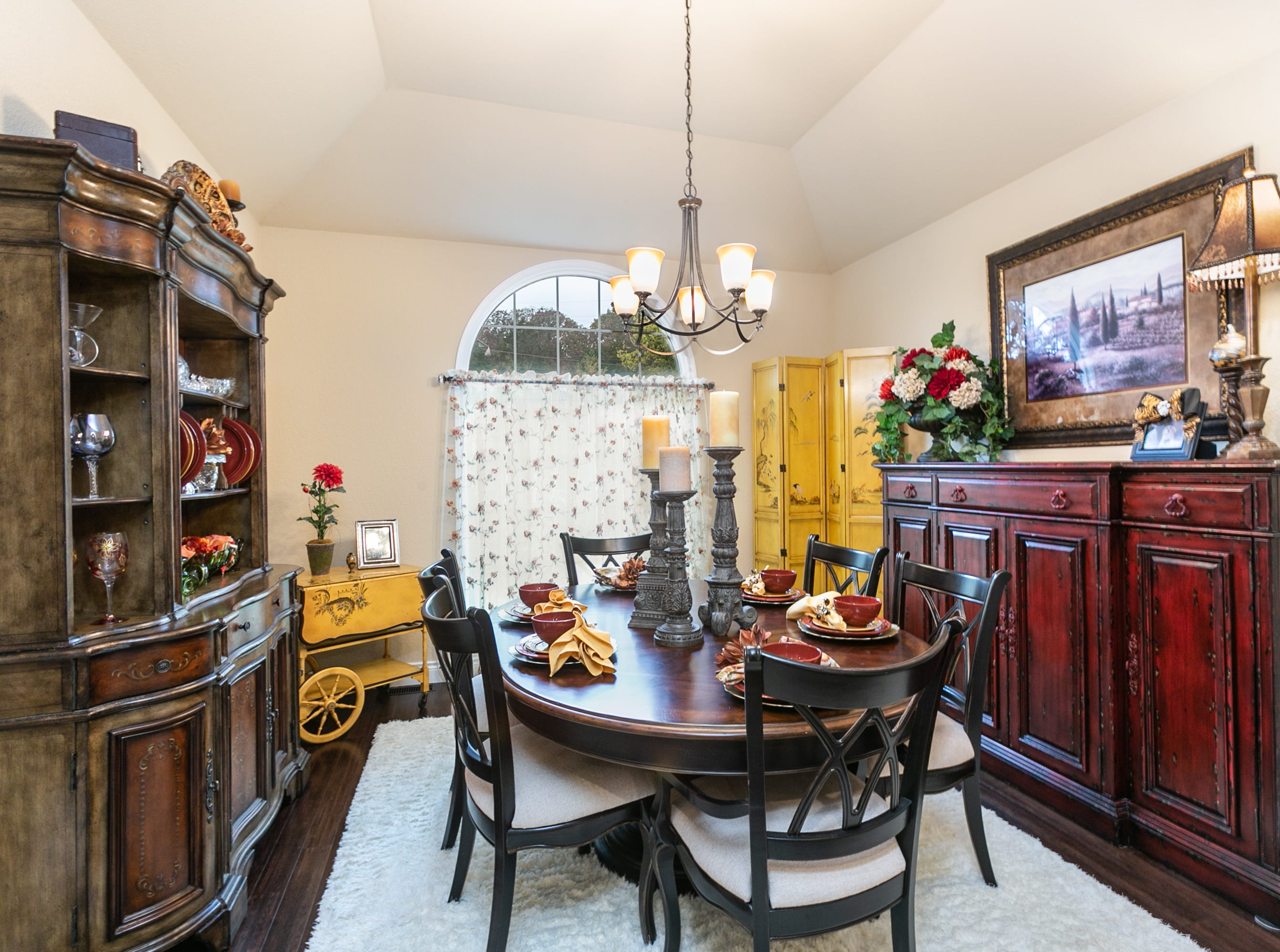 The home features two dining areas. The formal dining room can comfortably seat six.