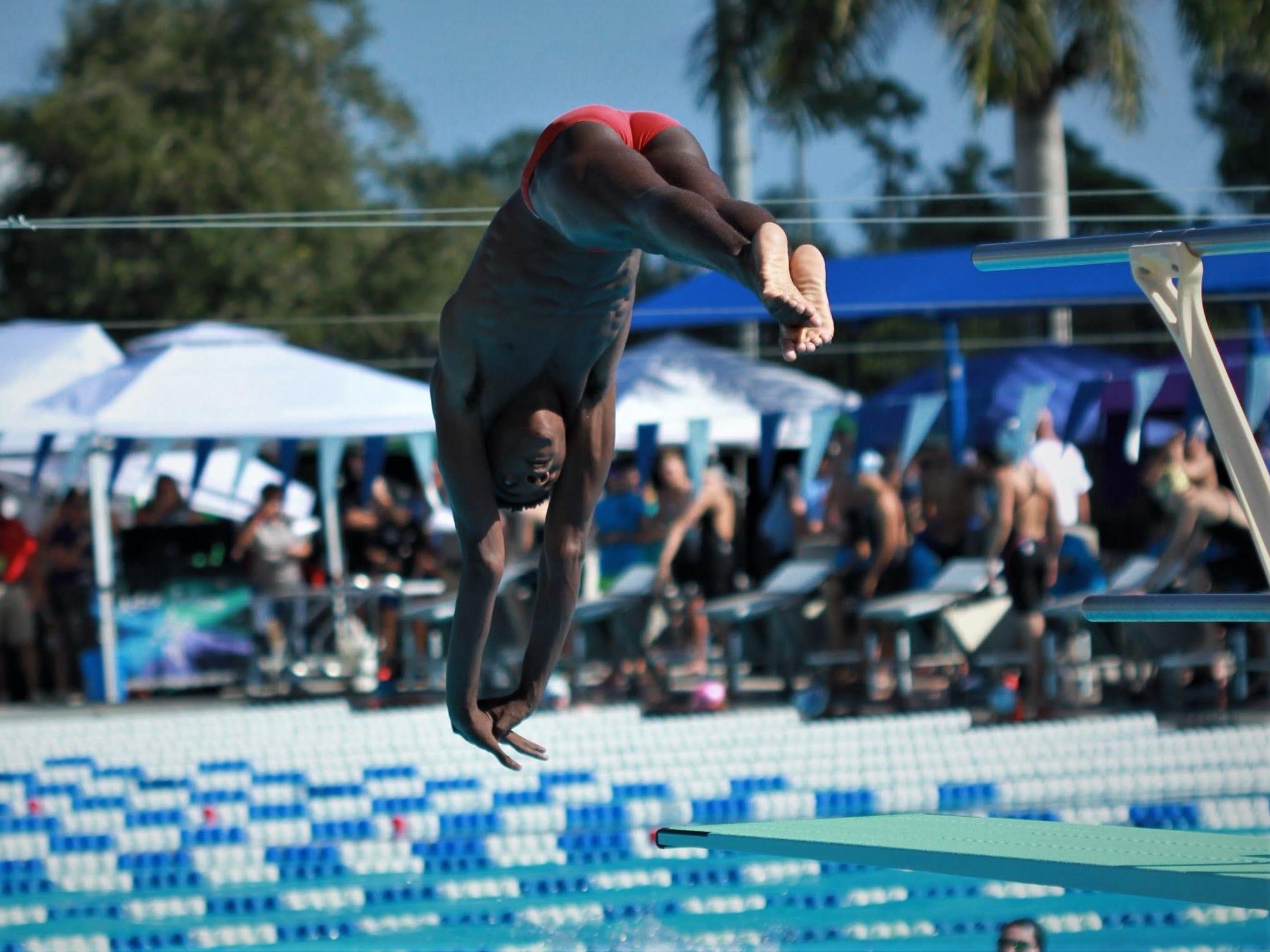 Leon diver Cole, Chiles swimmers Kwan, Hanlon win state titles