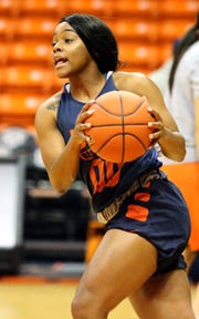 UTEP sophomore point guard Jordan Jenkins, 00, works a play during Monday's practice in the Don Haskins Center. She has made the leap from a talented but somewhat overwhelmed freshman to a sophomore who has figured out the speed of the game.