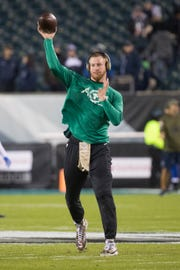 Eagles' Carson Wentz warms up before facing the Dallas Cowboys at Lincoln Financial Field in November 2018.