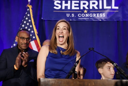 epa07147262 Democratic congressional candidate Mikie Sherrill talks to supporters at her election night event in the 2018 mid-term general election at the Parsippany Sheraton hotel in Parsippany, New Jersey, USA, 06 November 2018. Sherrill defeated Republican opponent Jay Webber in New Jersey's 11th congressional district.  EPA-EFE/JUSTIN LANE ORG XMIT: JLX37