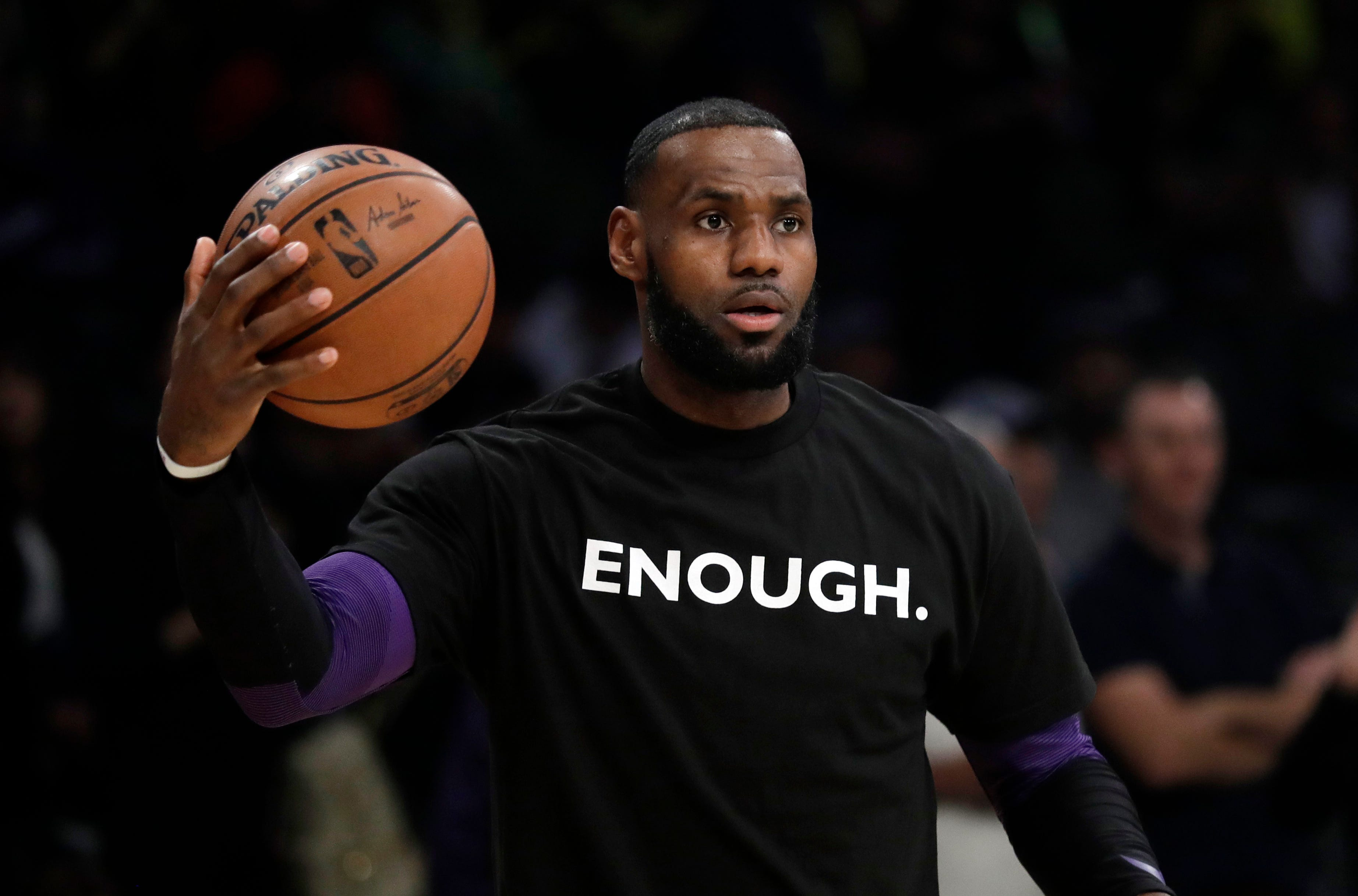 03f28bd477d7c LeBron James speaks out about gun violence in America after Thousand Oaks  mass shooting