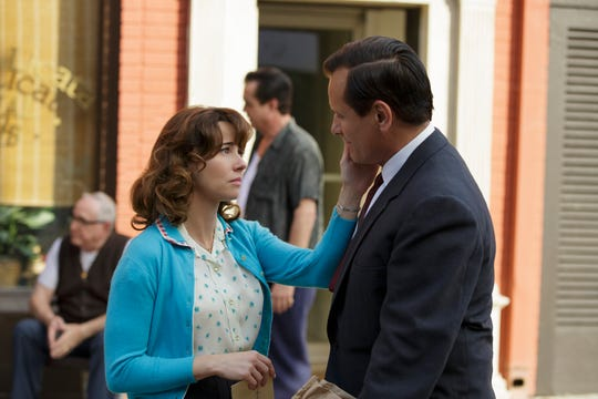 """Tony Lip (Viggo Mortensen) takes a new job to provide for his beloved wife Dolores (Linda Cardellini) and family in """"Green Book."""""""