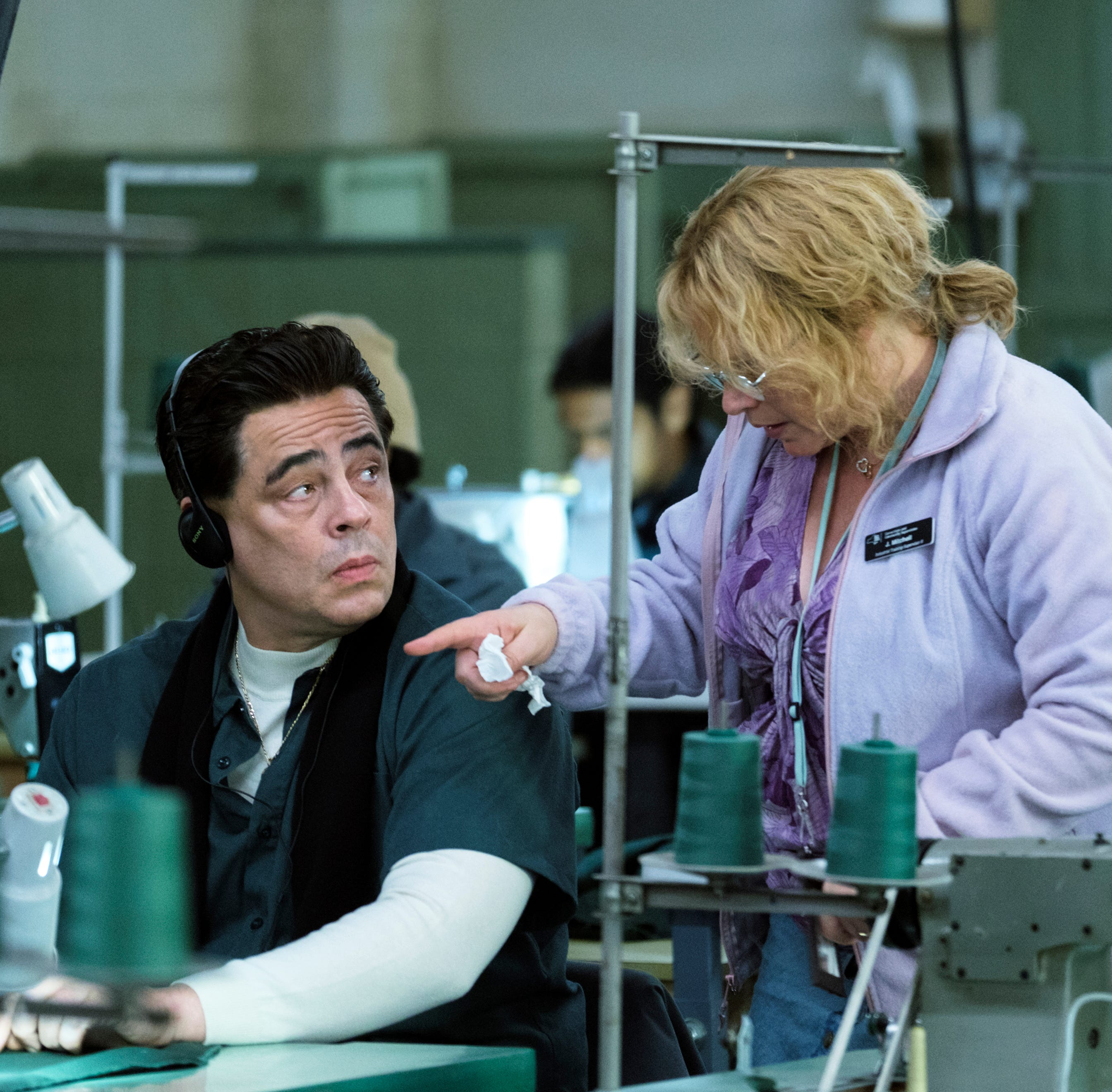 "Benicio del Toro and Patricia Arquette play convict Richard Matt and prison tailor-shop employee Joyce ""Tilly"" Mitchell in Showtime miniseries 'Escape at Dannemora.'"