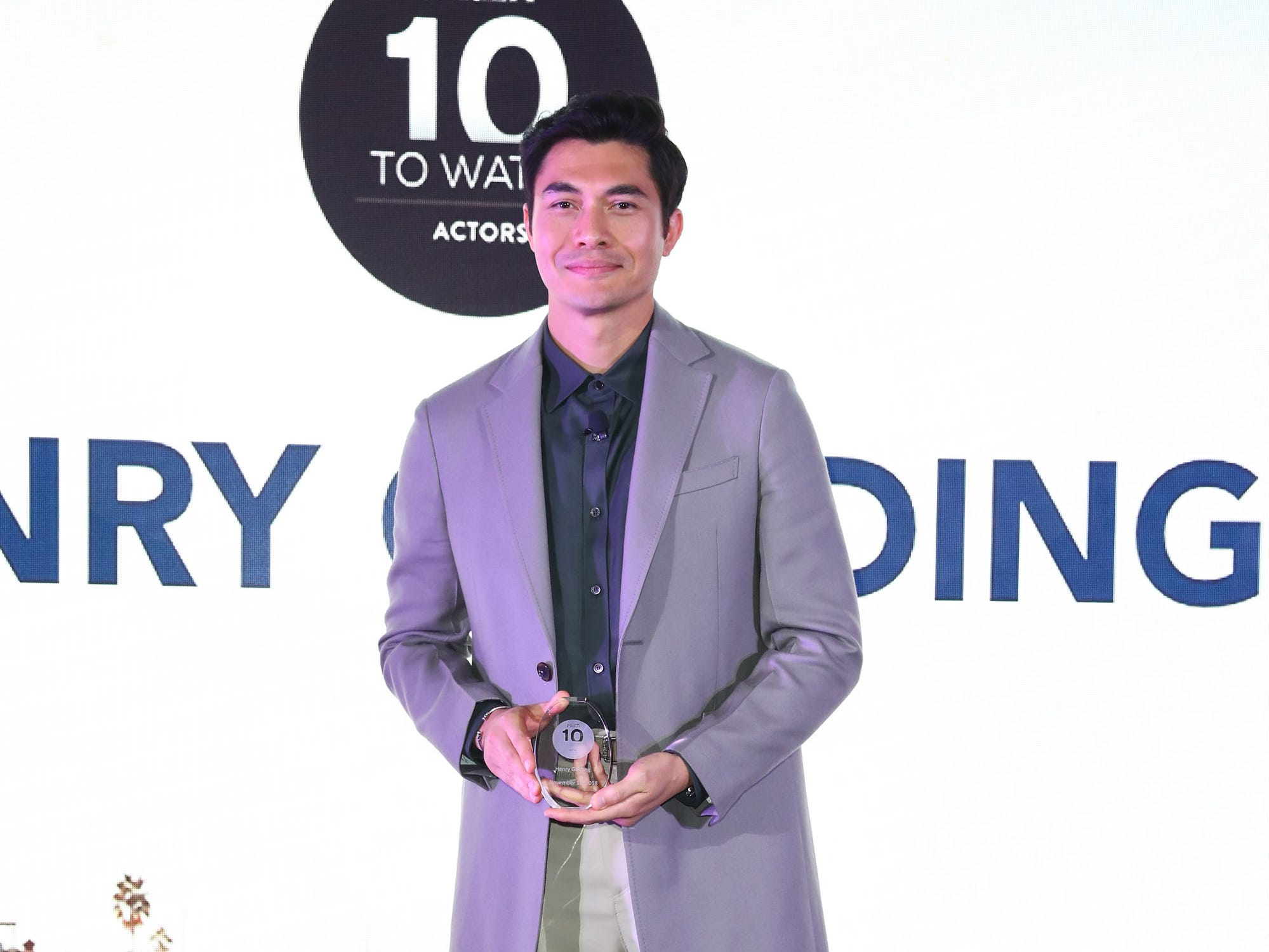 NEWPORT BEACH, CA - NOVEMBER 11:  Henry Golding onstage as Variety's 10 Actors to Watch honoree at the Newport Beach Film Festival Fall Honors and Variety's 10 Actors To Watch at The Resort at Pelican Hill on November 11, 2018 in Newport Beach, California.  (Photo by Joe Scarnici/Getty Images for Visit Newport Beach) ORG XMIT: 775256273 ORIG FILE ID: 1060355526