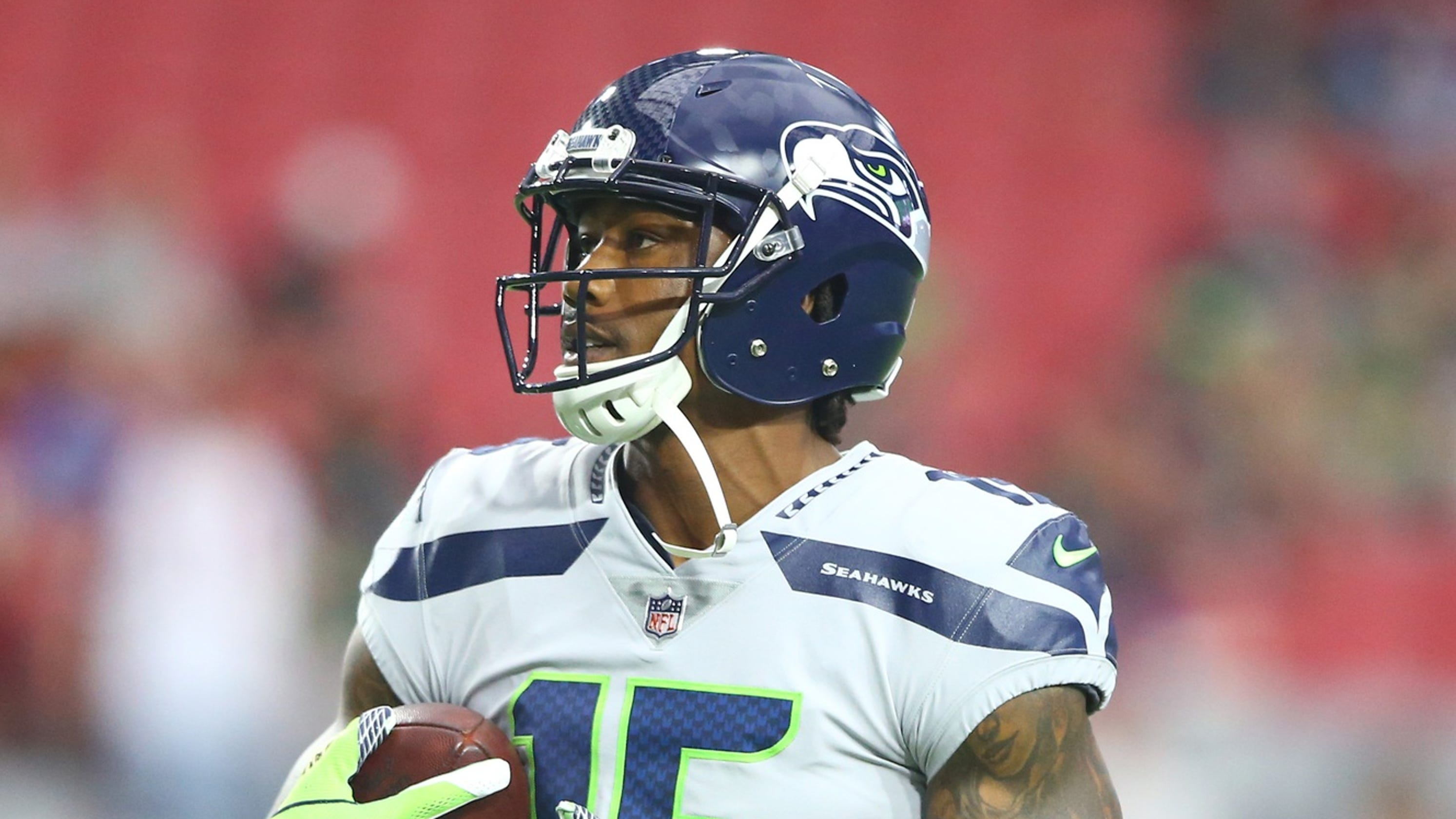check out e1f76 84c6c New Orleans Saints sign Brandon Marshall as Dez Bryant's ...