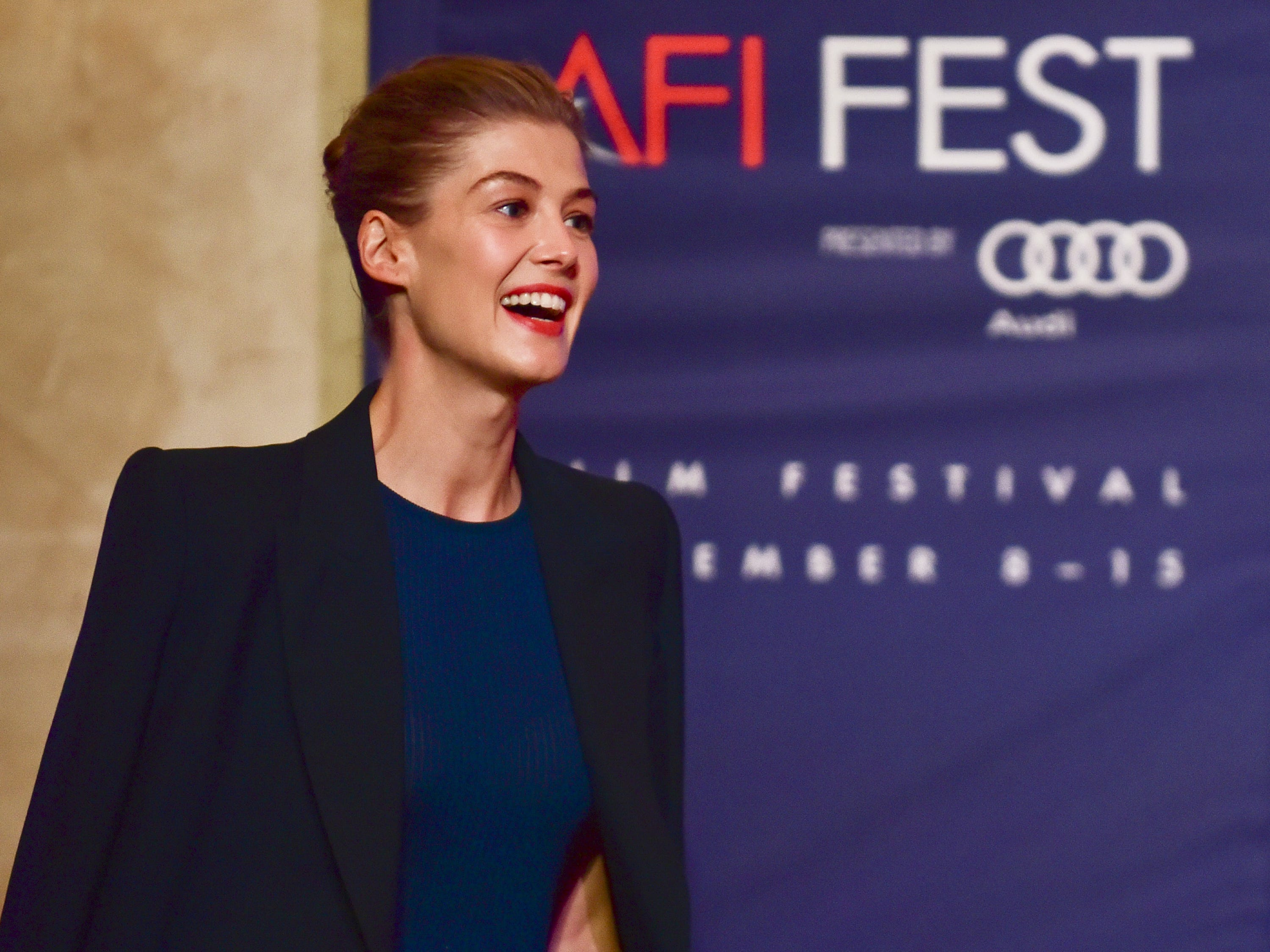 LOS ANGELES, CALIFORNIA - NOVEMBER 11: Rosamund Pike onstage at AFI FEST 2018 Presented by Audi - Indie Contenders at The Hollywood Roosevelt Hotel on November 11, 2018 in Los Angeles, California. (Photo by Rodin Eckenroth/Getty Images for AFI) ORG XMIT: 775252718 ORIG FILE ID: 1066350598
