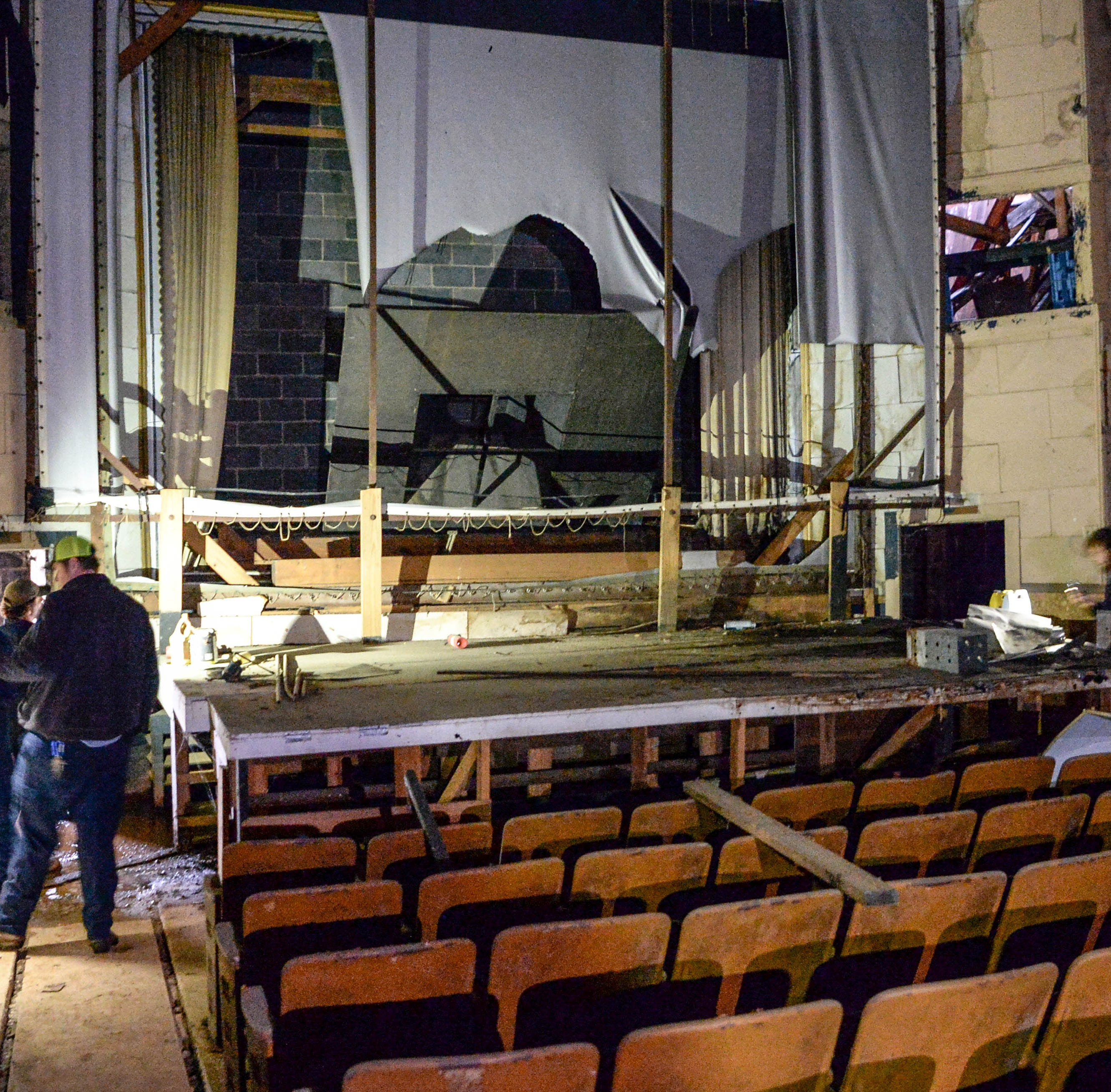 Williamston's abandoned theater gets a brief extended run